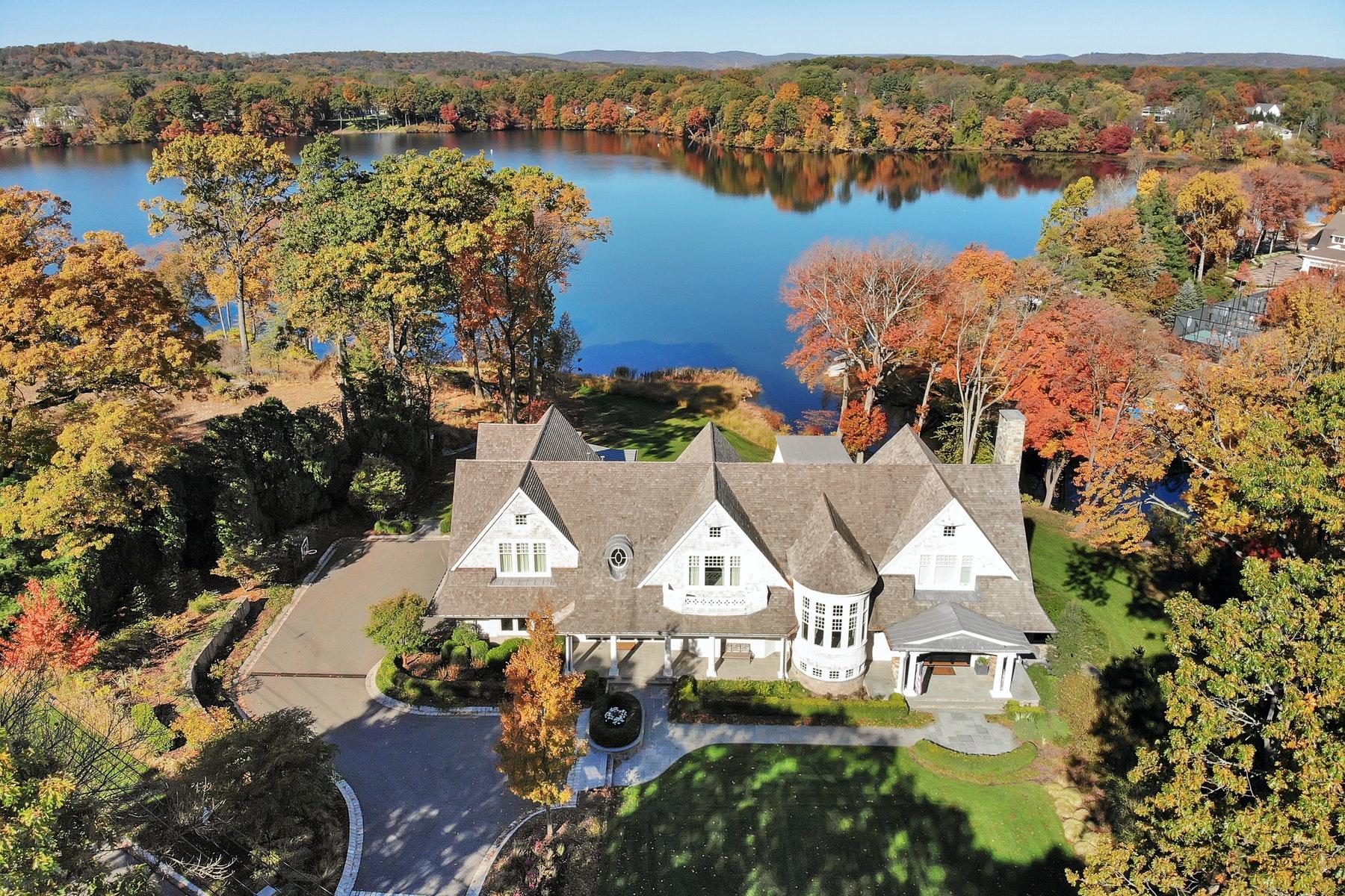 Single Family Homes por un Venta en Oasis Redefines Luxury 887 Scioto Drive Franklin Lakes, Nueva Jersey 07417 Estados Unidos