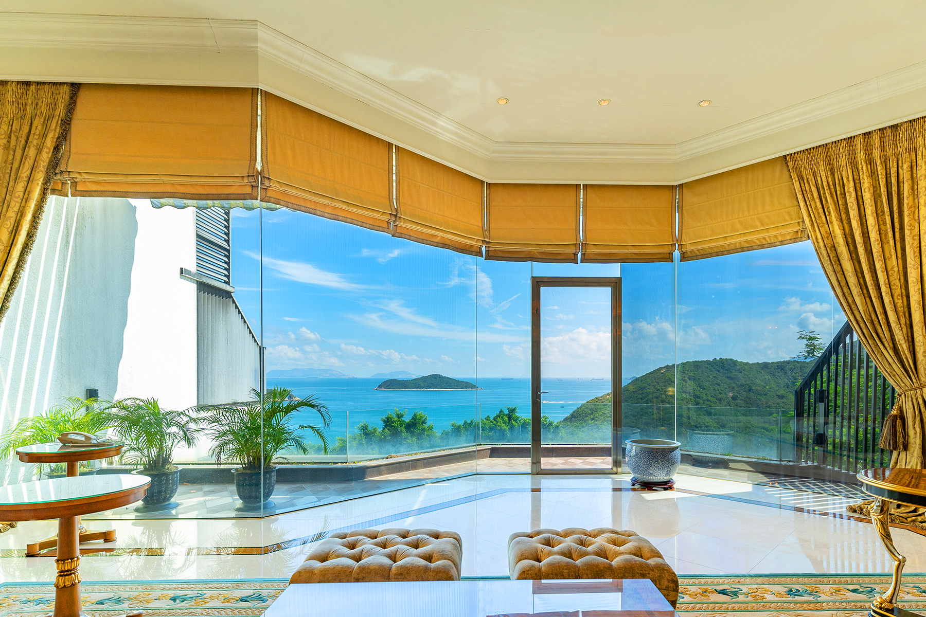Single Family Home for Sale at Overbays Repulse Bay, Hong Kong Hong Kong
