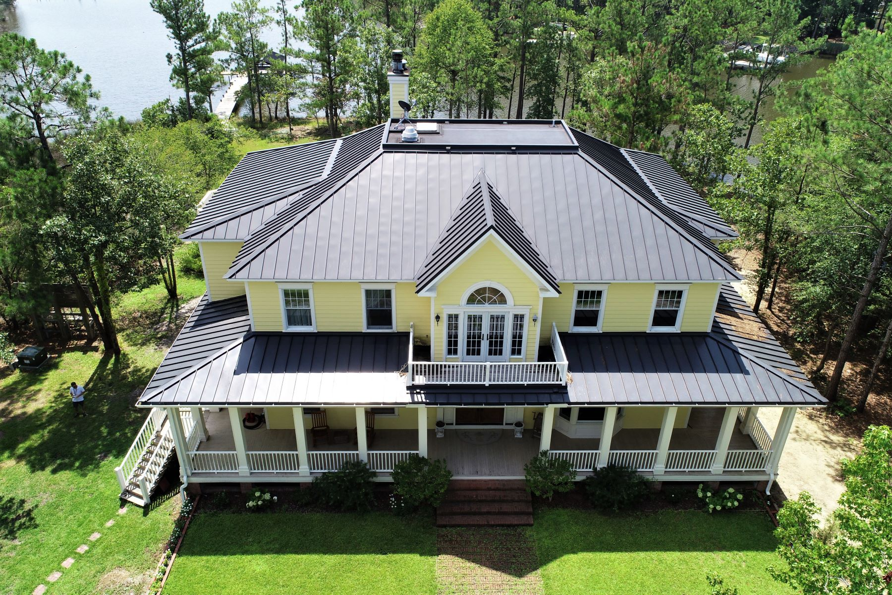 Single Family Homes for Sale at Stunning Waterfront Estate 1600 Pasture Point Road Merritt, North Carolina 28556 United States