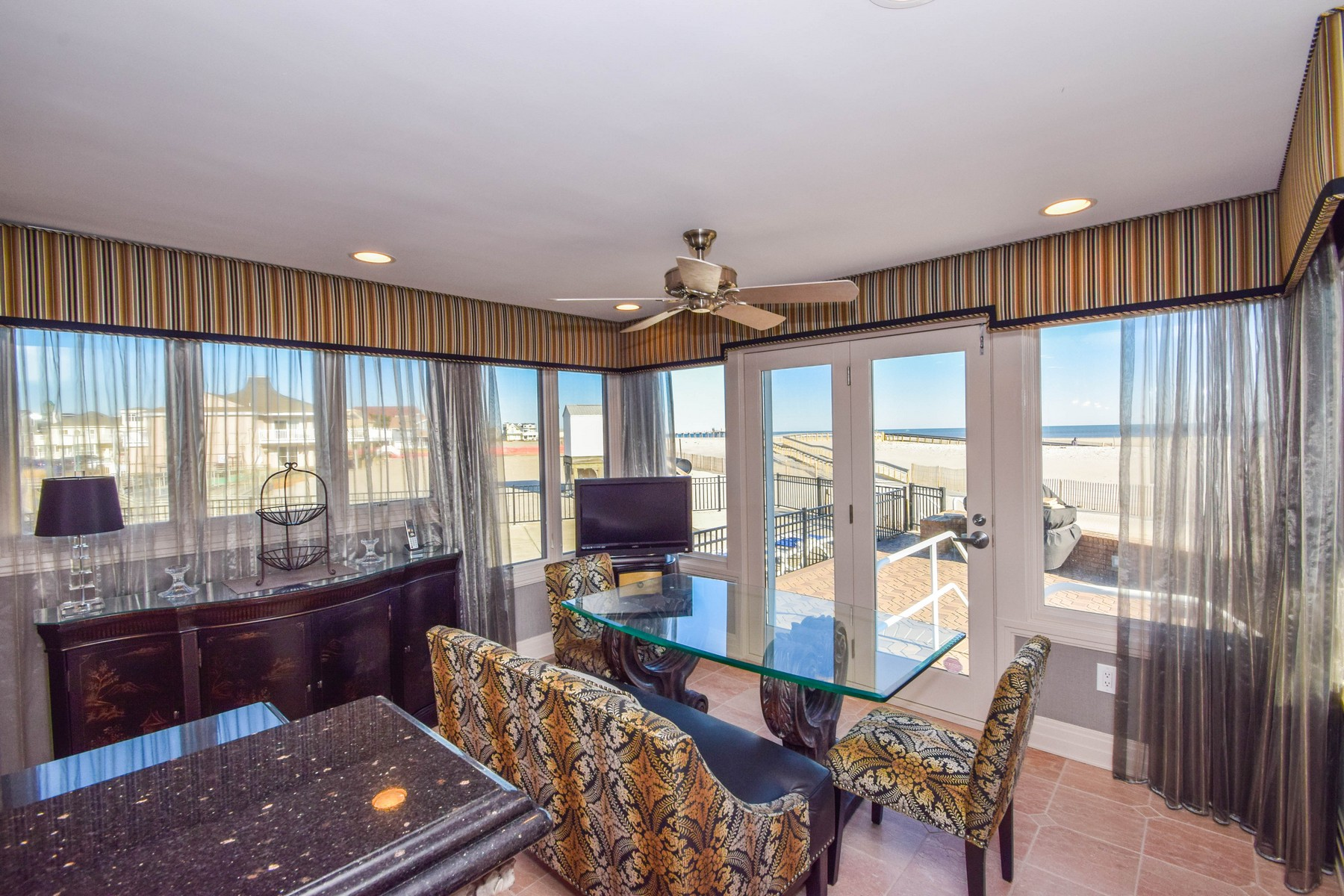 Additional photo for property listing at 7 Dolphin Drive 7 Dolphin Drive Margate, New Jersey 08402 United States