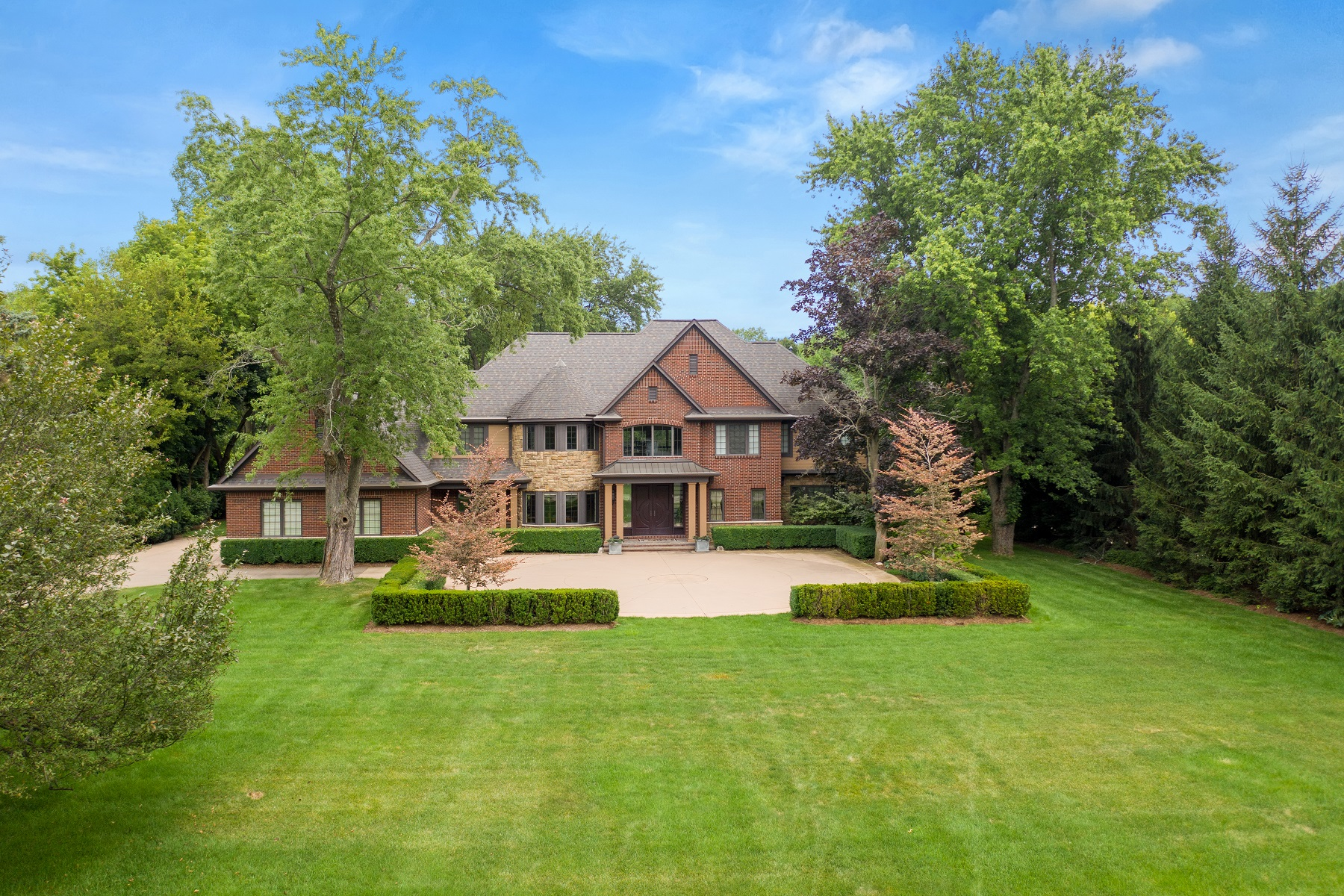 Single Family Homes para Venda às West Bloomfield Township 7375 Ten Hill Road, West Bloomfield, Michigan 48322 Estados Unidos