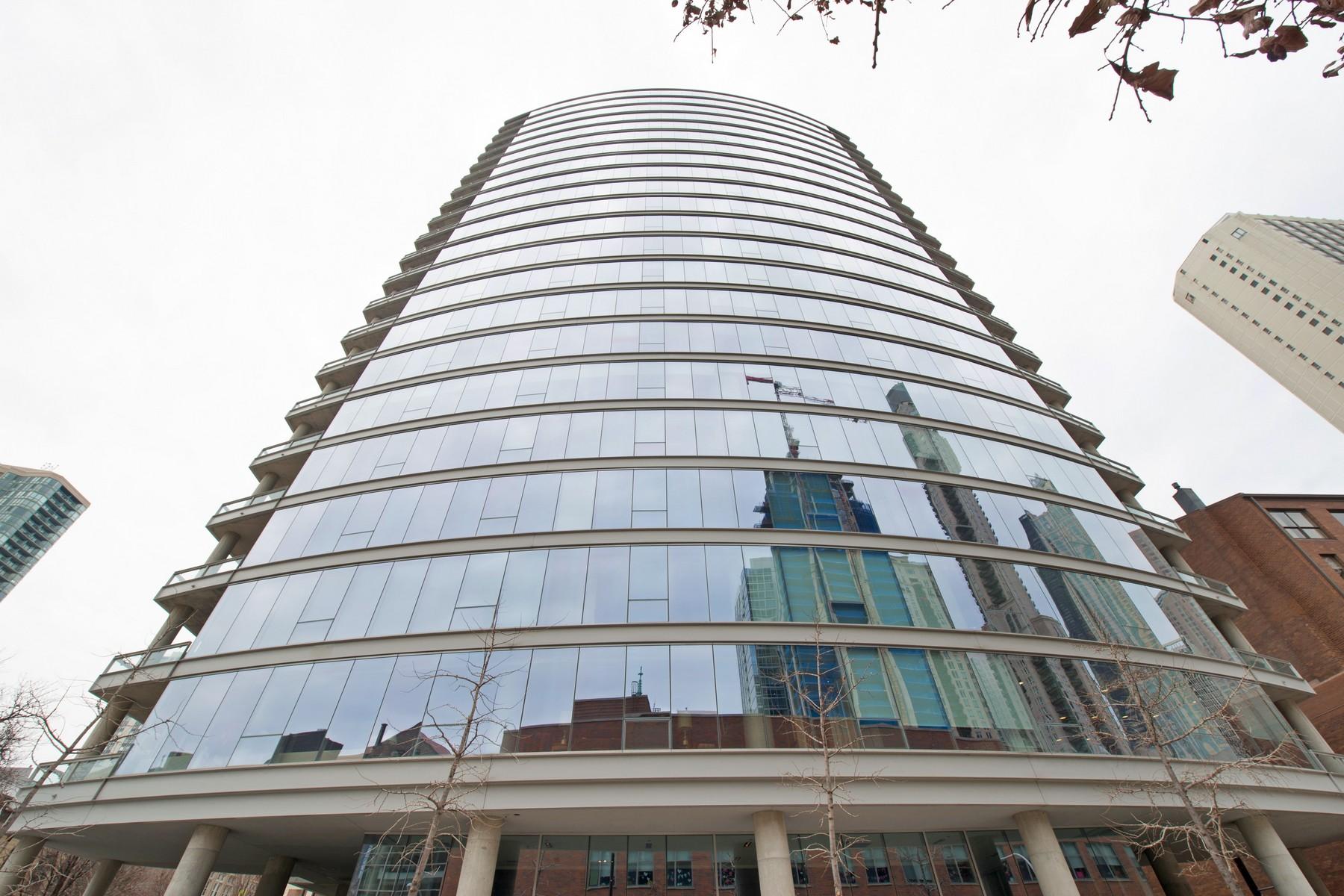 콘도미니엄 용 매매 에 Gorgeous Gold Coast Condo 30 W Oak Street Unit 6F Near North Side, Chicago, 일리노이즈, 60610 미국