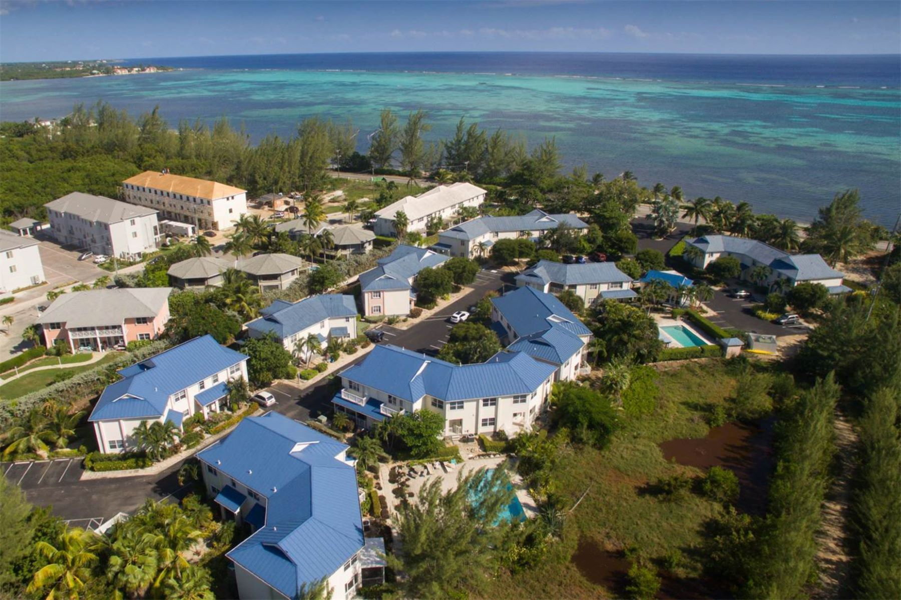 Townhouse for Sale at Cayman Crossing #36 South Sound, Cayman Islands