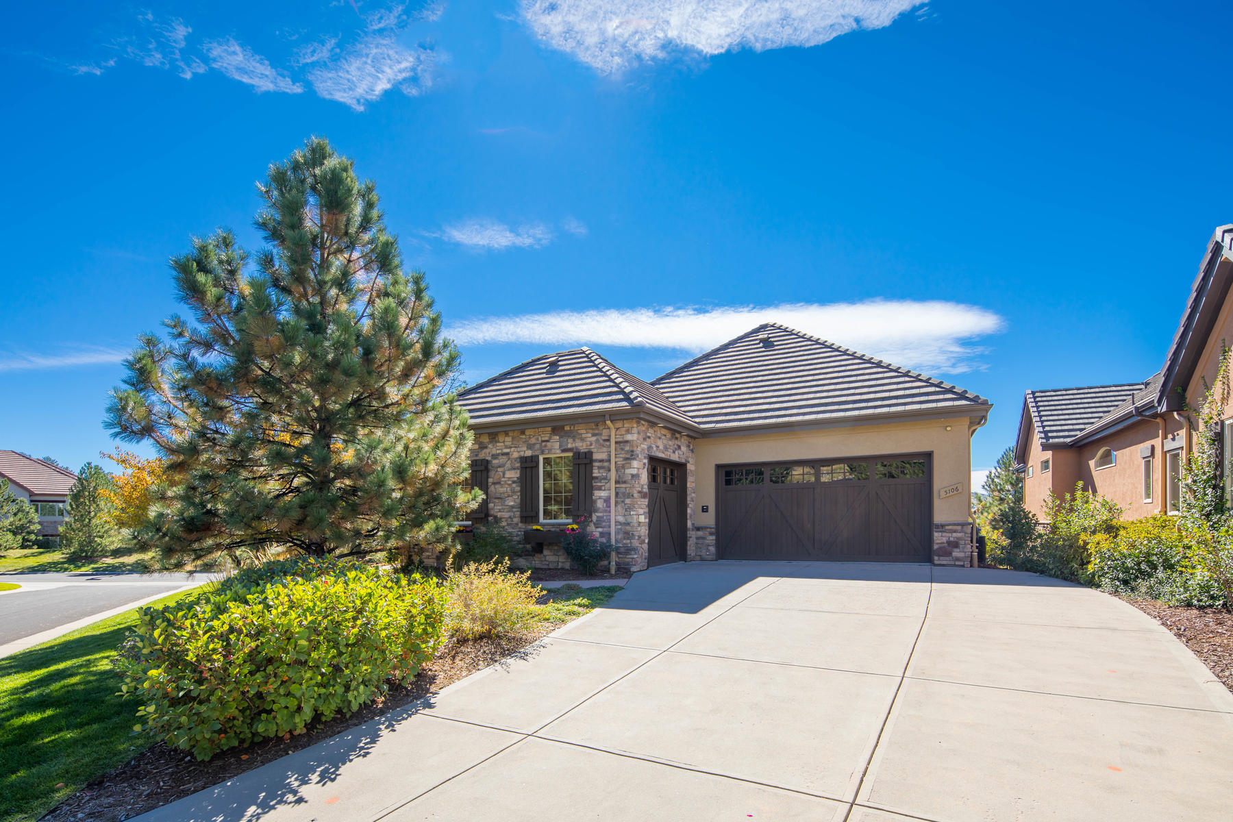 Single Family Home for Active at 5106 Ten Mile Pl 5106 Ten Mile Pl Castle Rock, Colorado 80108 United States
