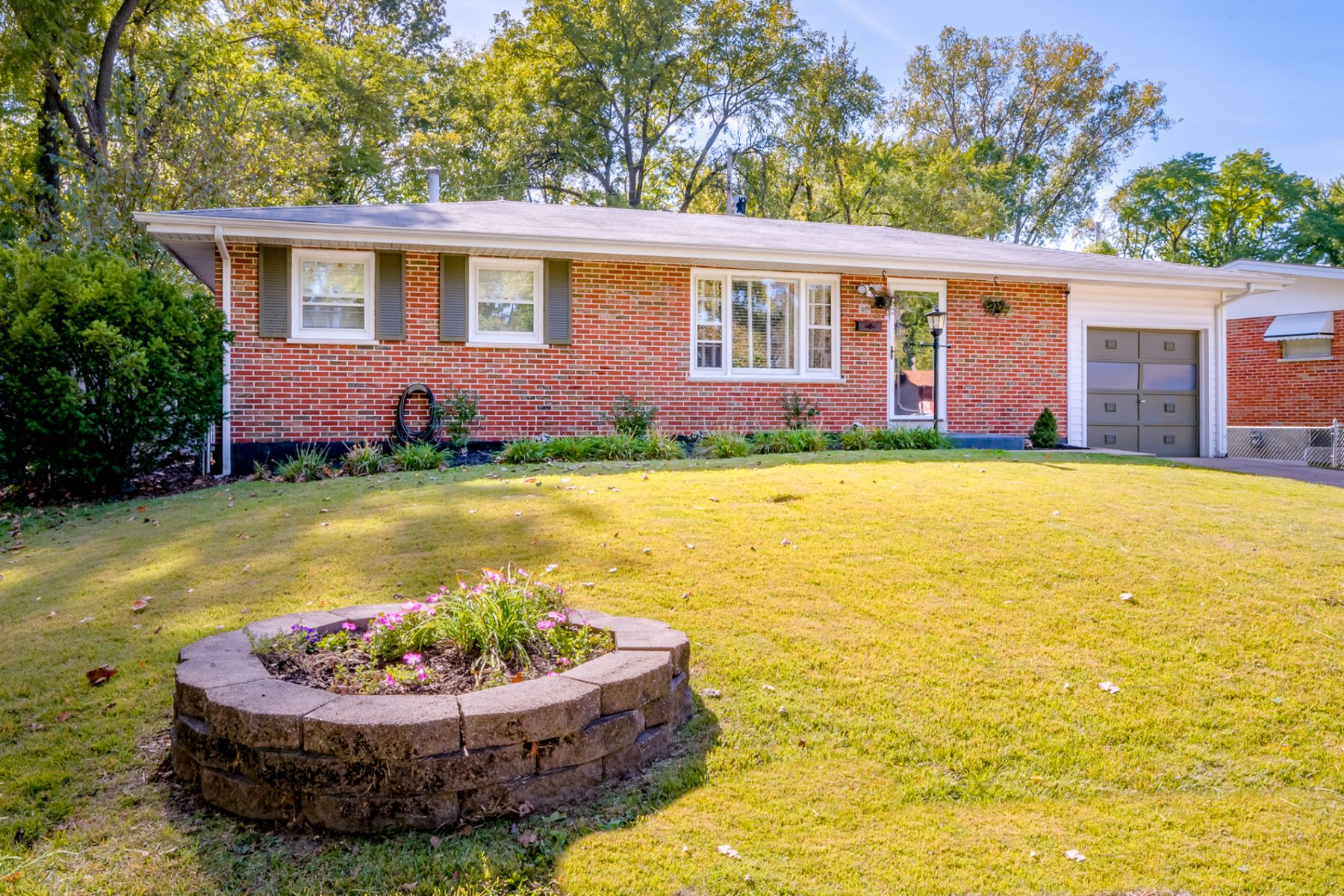 Single Family Home for Sale at Calbreath Ct 40 Calbreath Ct Florissant, Missouri 63031 United States
