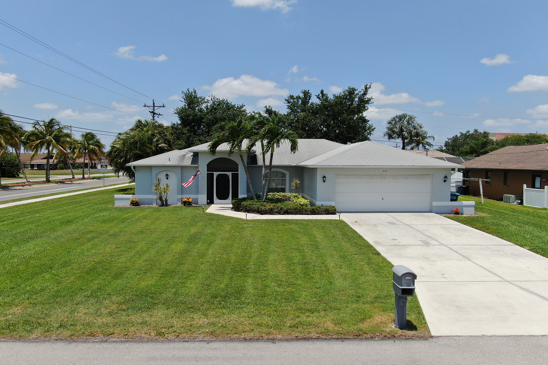 single family homes for Active at 414 17th 414 SE 17th Ave Cape Coral, Florida 33990 United States