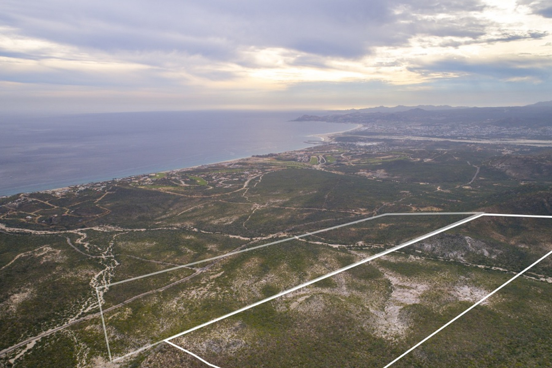 Additional photo for property listing at Las Colinas Fraccion I-D Fraccion ID Remanente Del Predio Demasias de la Laguna del Plano San Jose Del Cabo, Baja California Sur 23403 Mexico