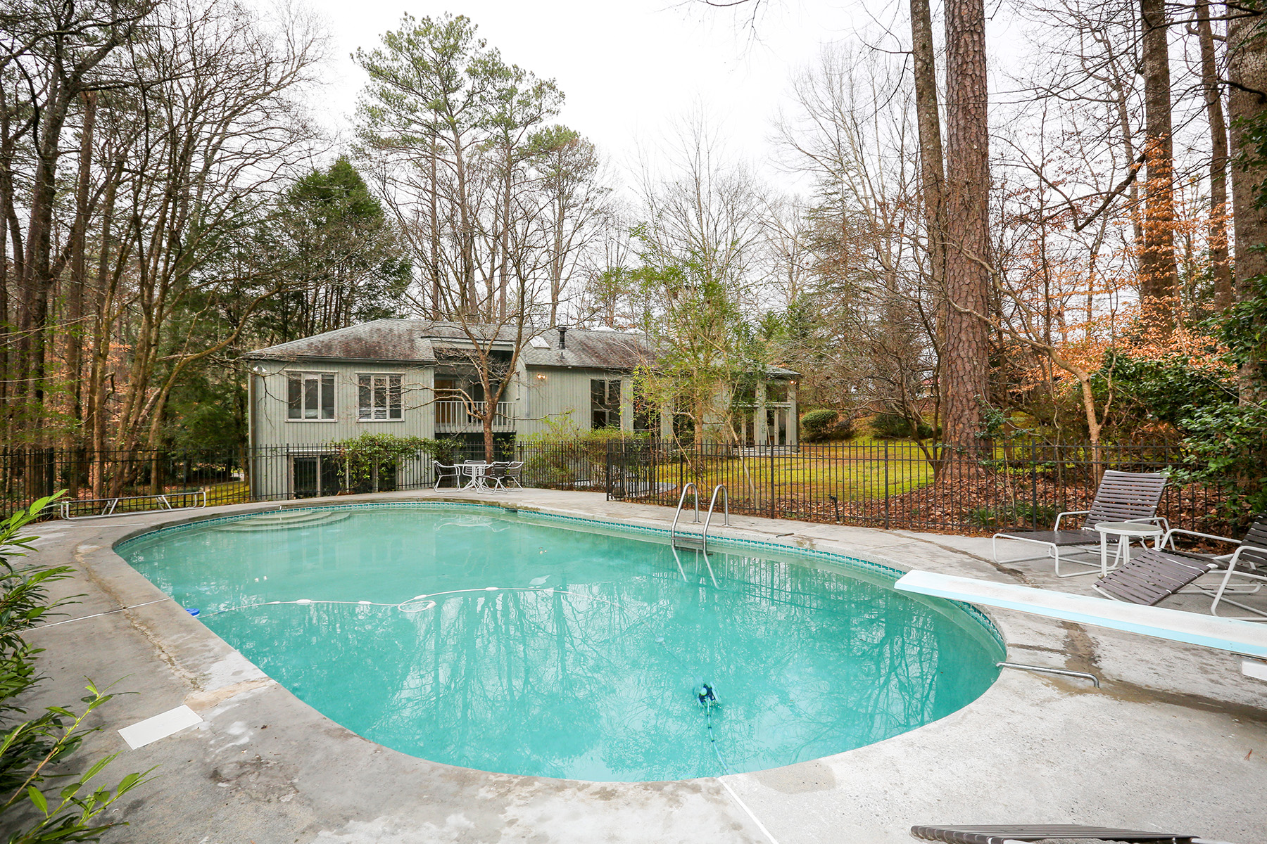 A Contemporary Home Designed By Frank Lloyd Wright Apprentice On 2+ Acres 6405 Riverside Drive Atlanta, Geórgia 30328 Estados Unidos