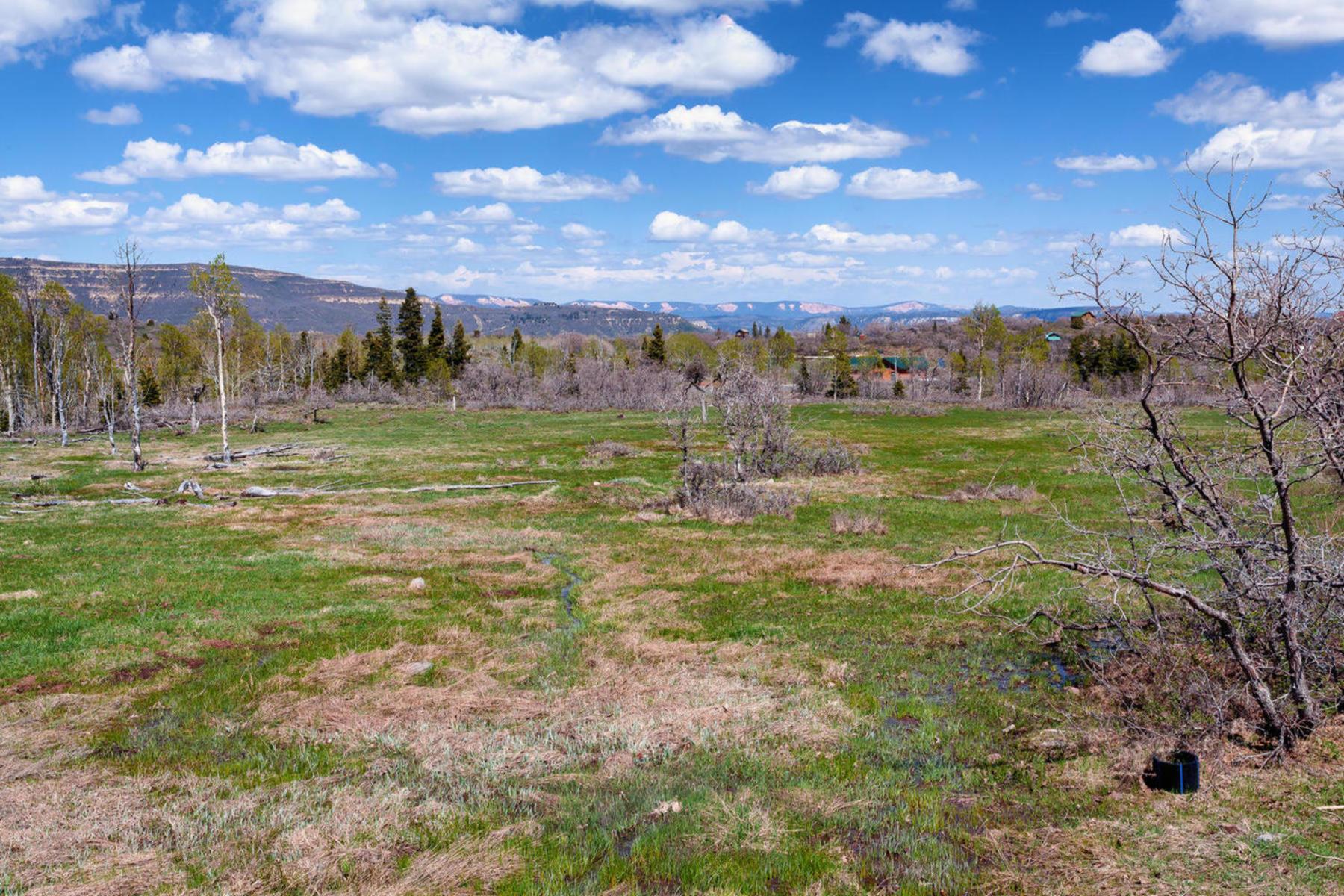 Đất đai vì Bán tại Amazing Mountain View Lot in Whispering Pines Whispering Pines, Lot #28, Virgin, Utah 84779 Hoa Kỳ