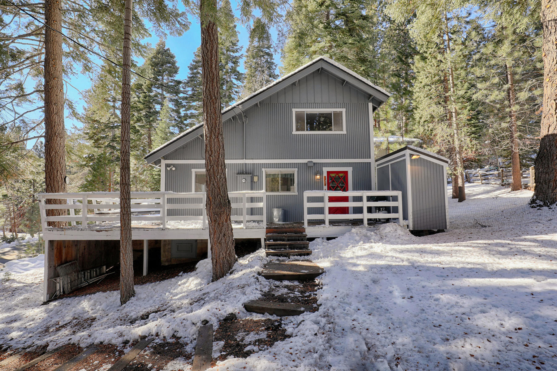 Single Family Home for Active at 11312 Silver Fir Drive, Truckee, CA 11312 Silver Fir Drive Truckee, California 96161 United States