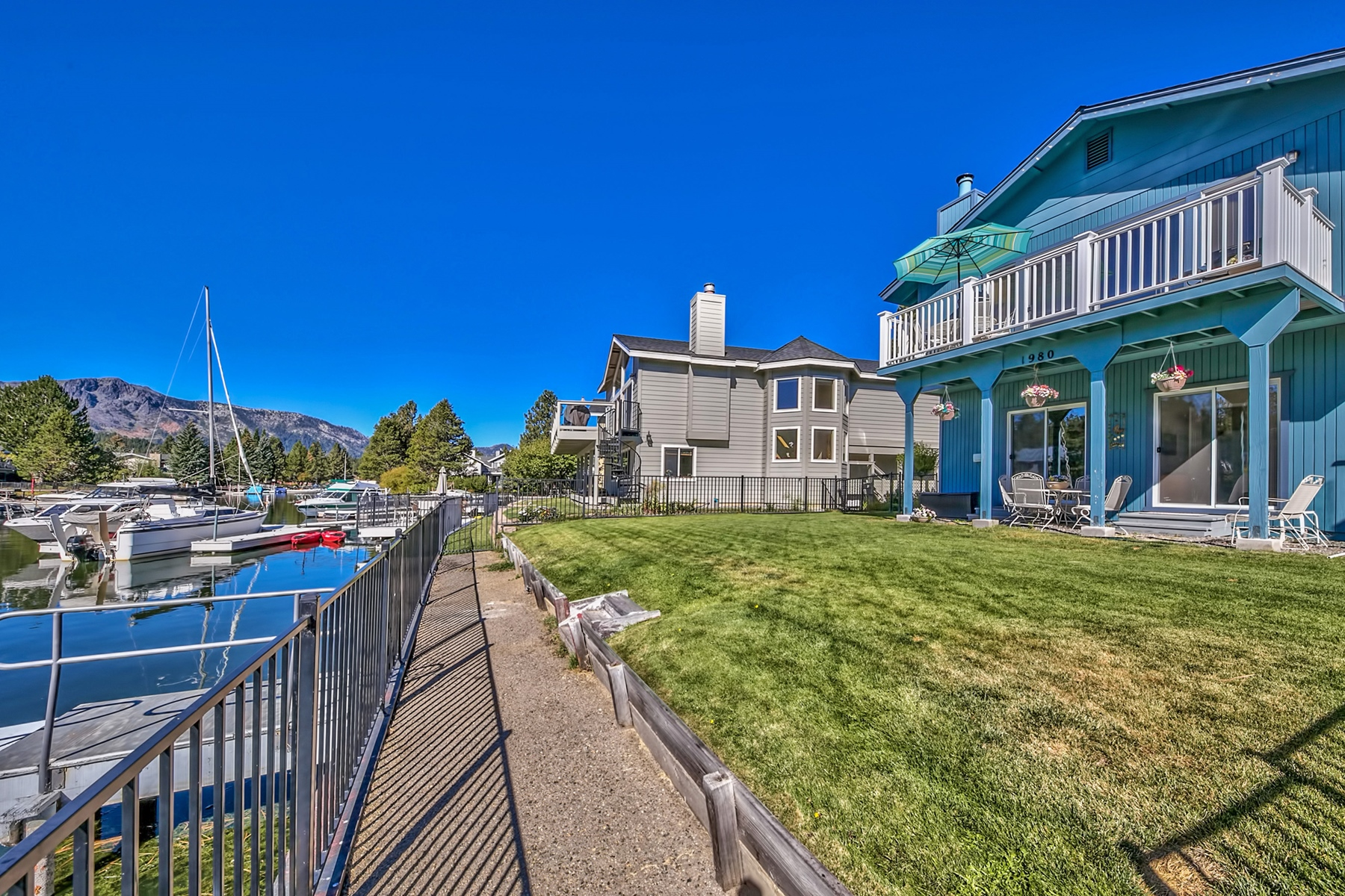Single Family Home for Active at 1980 Garmish Court, South Lake Tahoe, CA, 96150 1980 Garmish Court South Lake Tahoe, California 96150 United States