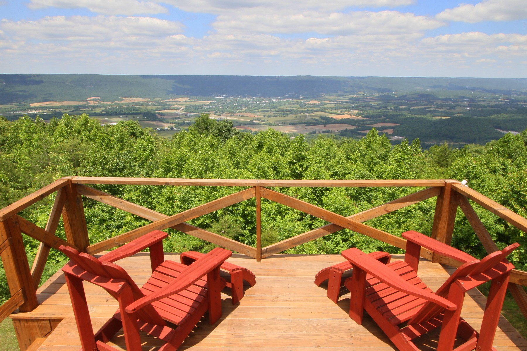 Single Family Home for Sale at Perfect Home For Entertaining 1125 Rigsby Gap Road Pikeville, Tennessee 37367 United States