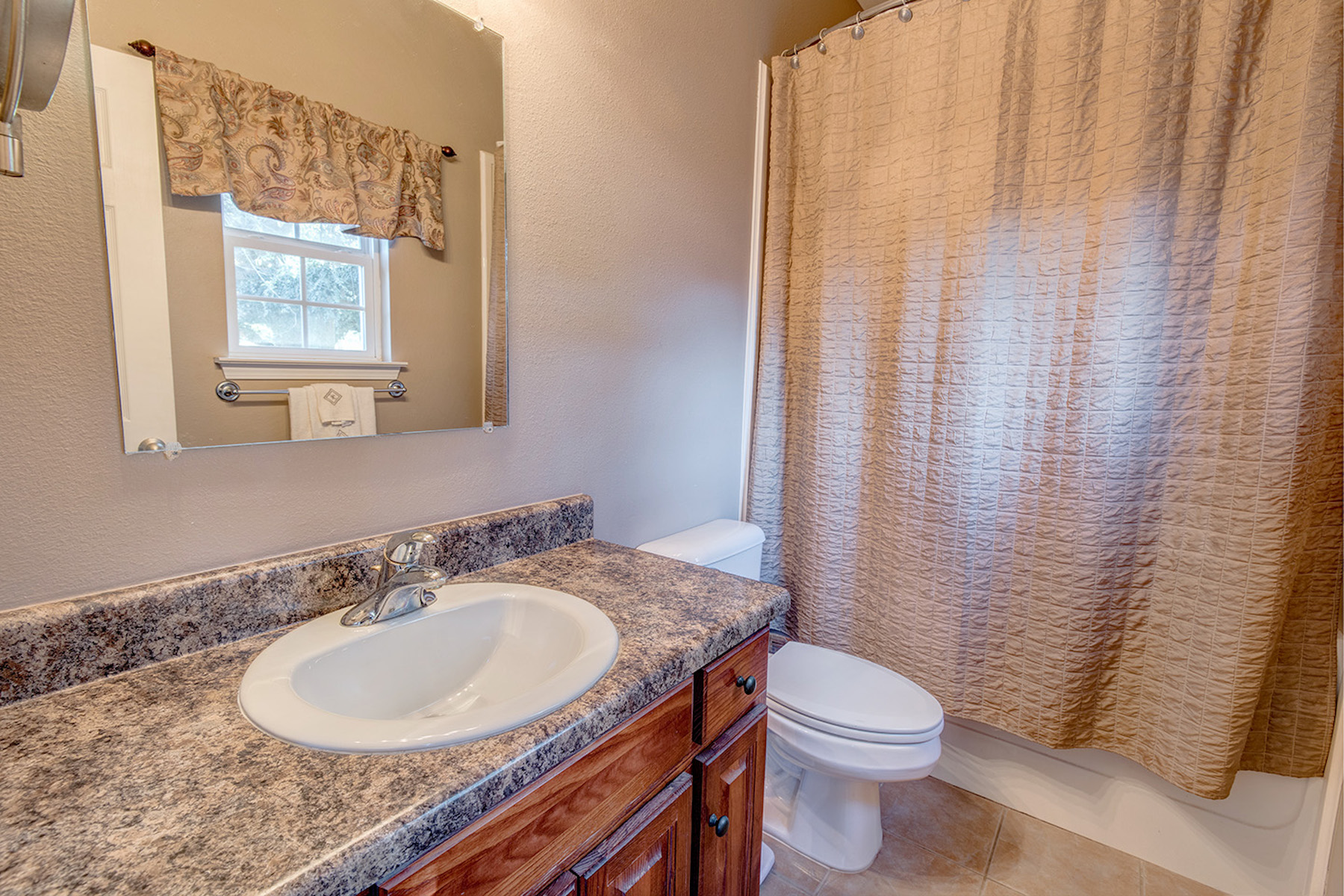 Additional photo for property listing at 15612 Beasley Road, Foley, 앨라바마 36535 미국