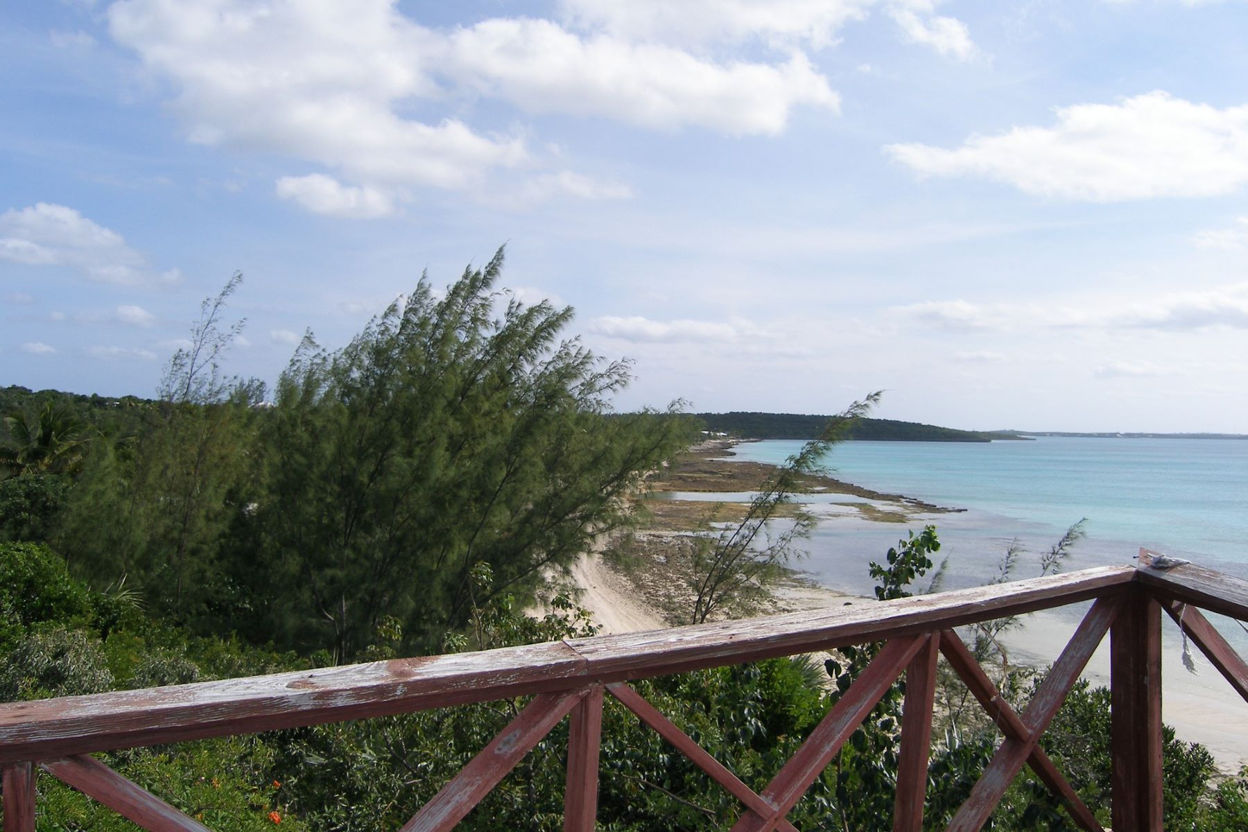 Single Family Home for Sale at Estate Property Potential Palmetto Point, Eleuthera, Bahamas