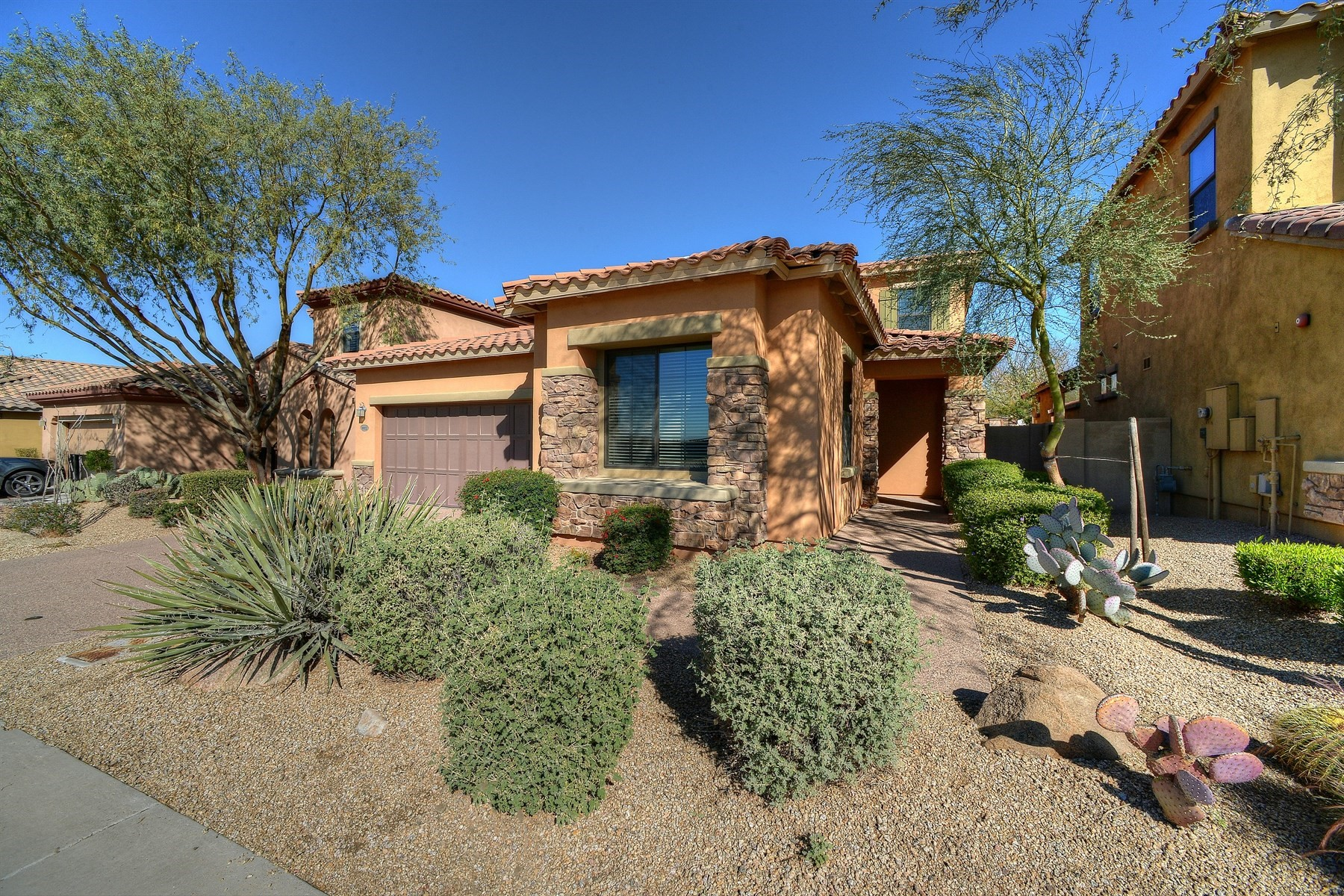 Casa Unifamiliar por un Venta en Exceptional Home in the gated Windgate Ranch 9952 E South Bend Dr Scottsdale, Arizona, 85255 Estados Unidos