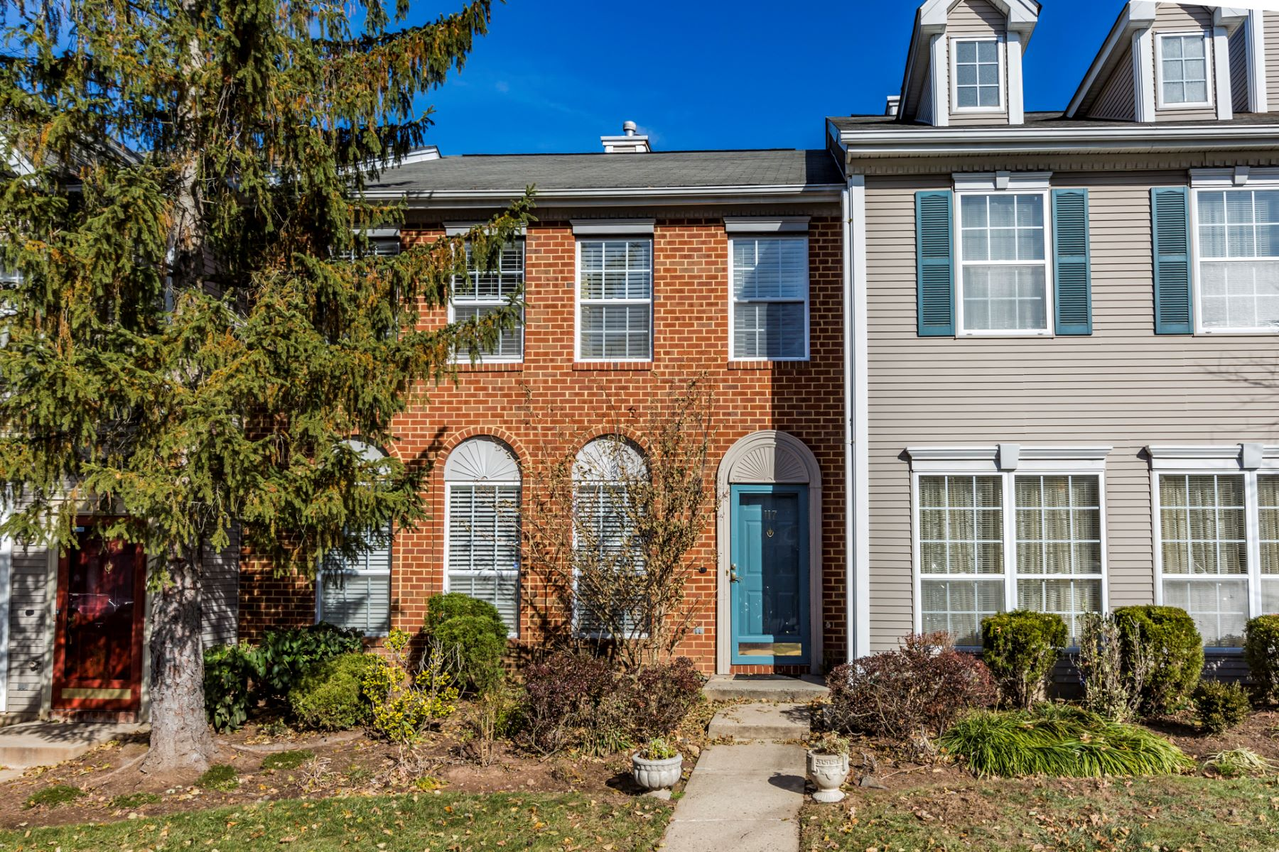 Townhouse for Sale at A Standout in Wynnefield at Somerset 117 Columbus Drive, Franklin Park, New Jersey 08823 United StatesMunicipality: Franklin Township