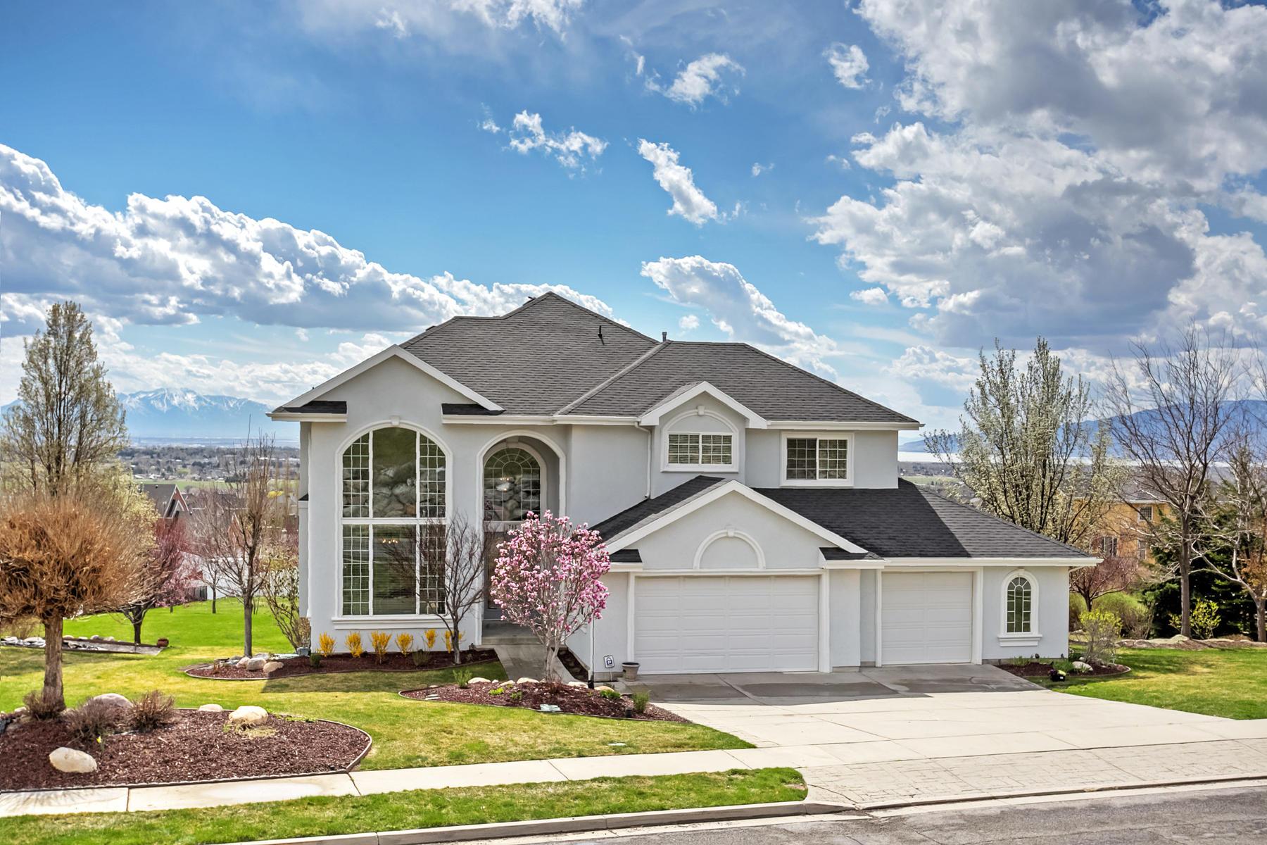 Tek Ailelik Ev için Satış at Executive Home In Park Like Setting 795 West 600 North Alpine, Utah, 84004 Amerika Birleşik Devletleri