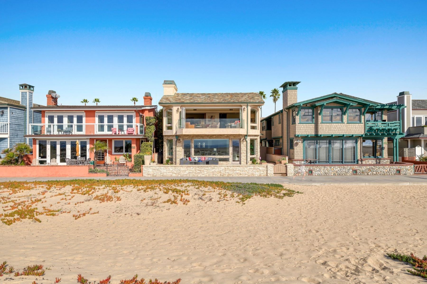 Single Family Homes for Active at 930 Weat Oceanfront 930 W OCEANFRONT Newport Beach, California 92661 United States