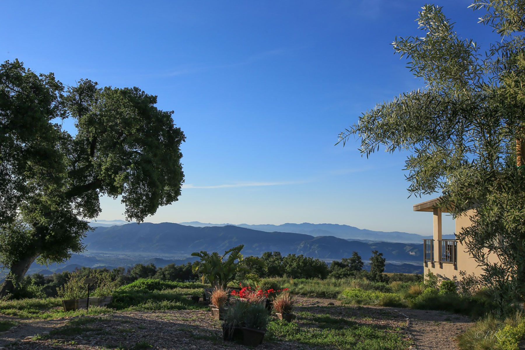 Single Family Home for Sale at 13500 Sulphur Mountain 13500 Sulphur Mountain Ojai, California 93023 United States