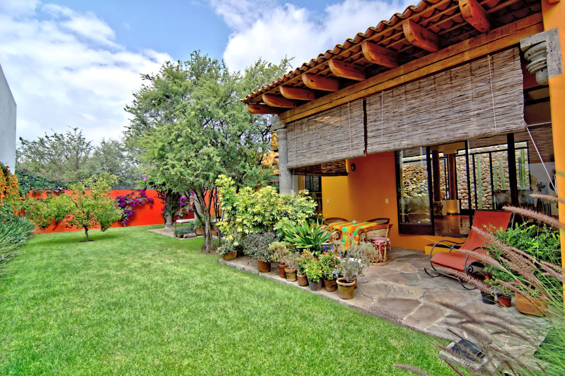 Additional photo for property listing at Casa Tabaqueros Los Frailes, San Miguel De Allende, Guanajuato Mexico