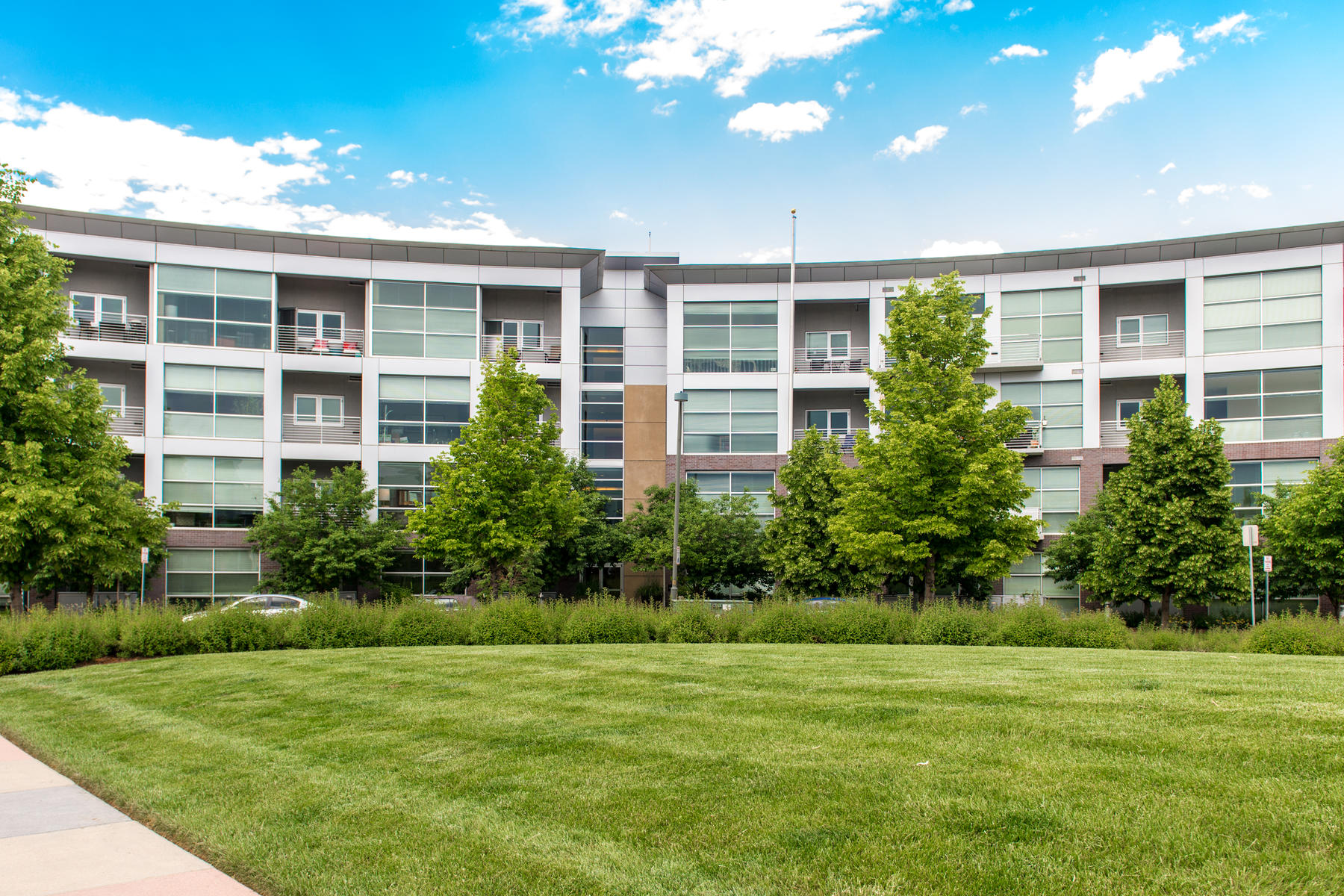 Condominium for Active at 2958 Syracuse Street #212 2958 Syracuse Street #212 Denver, Colorado 80238 United States