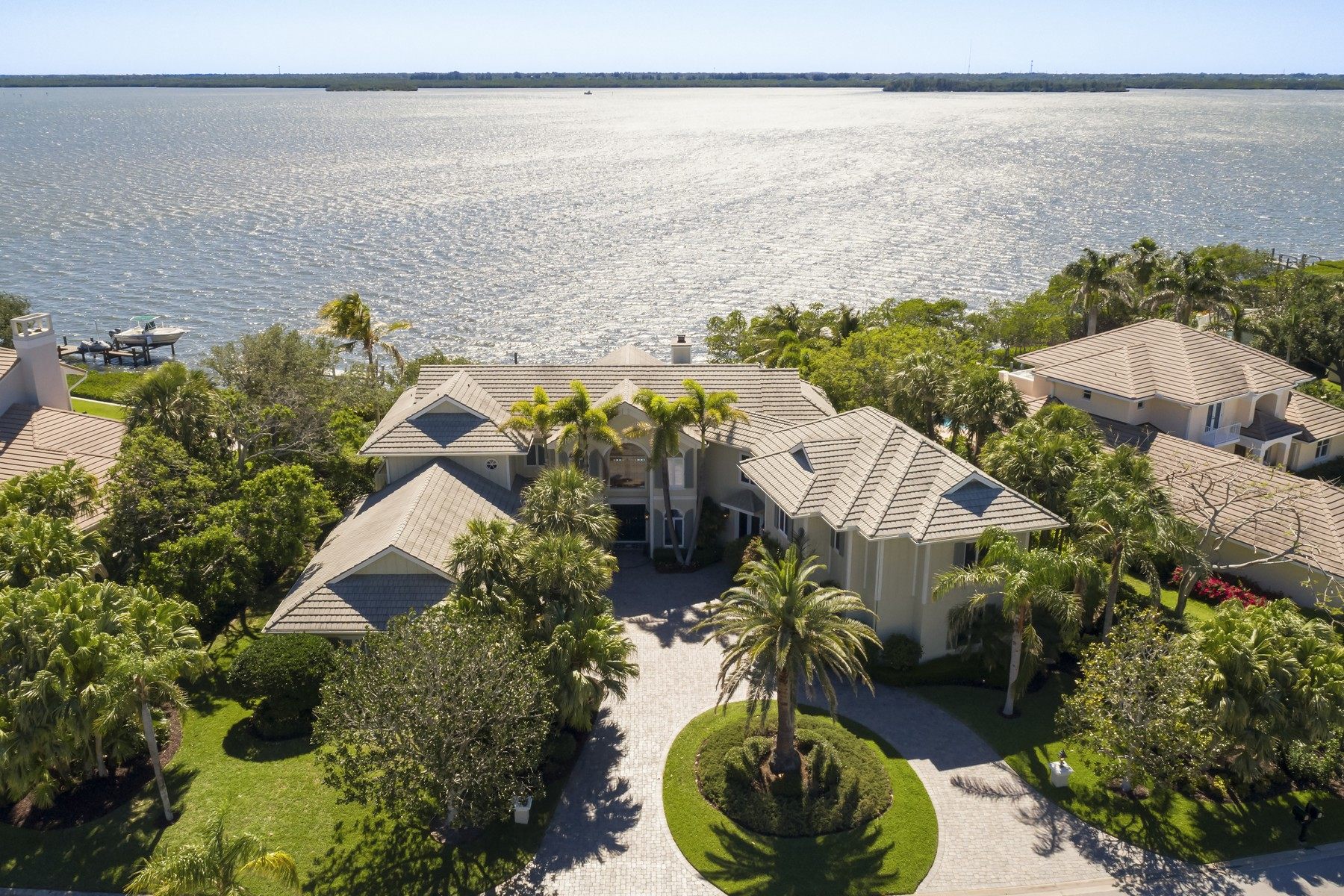 Single Family Home for Sale at Impeccable Riverfront Masterpiece in Seagrove West 255 Riverway Drive Vero Beach, Florida 32963 United States