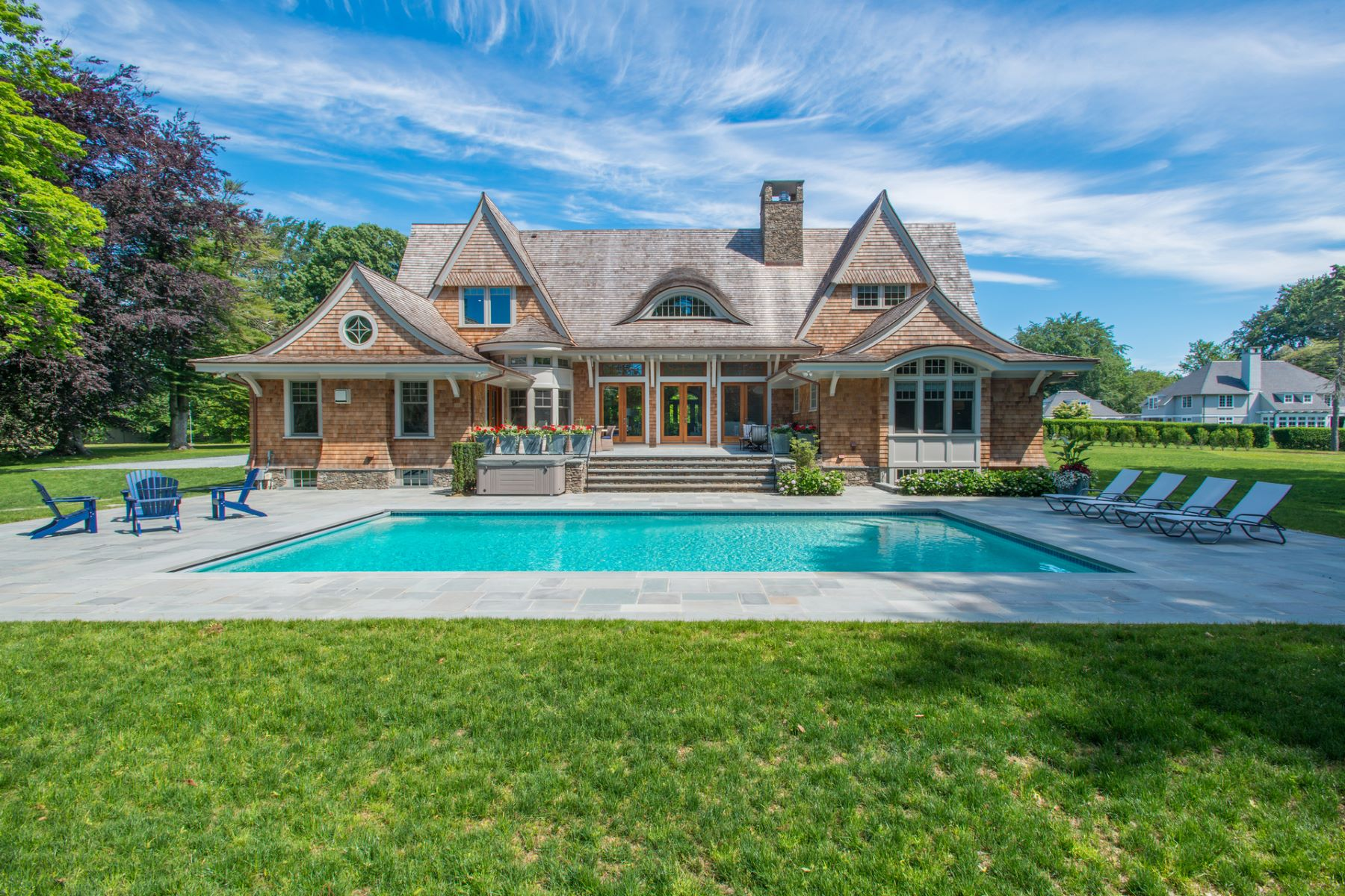 Single Family Home for Sale at Ocean Lawn 10 Ocean Lawn Lane Newport, Rhode Island, 02840 United States