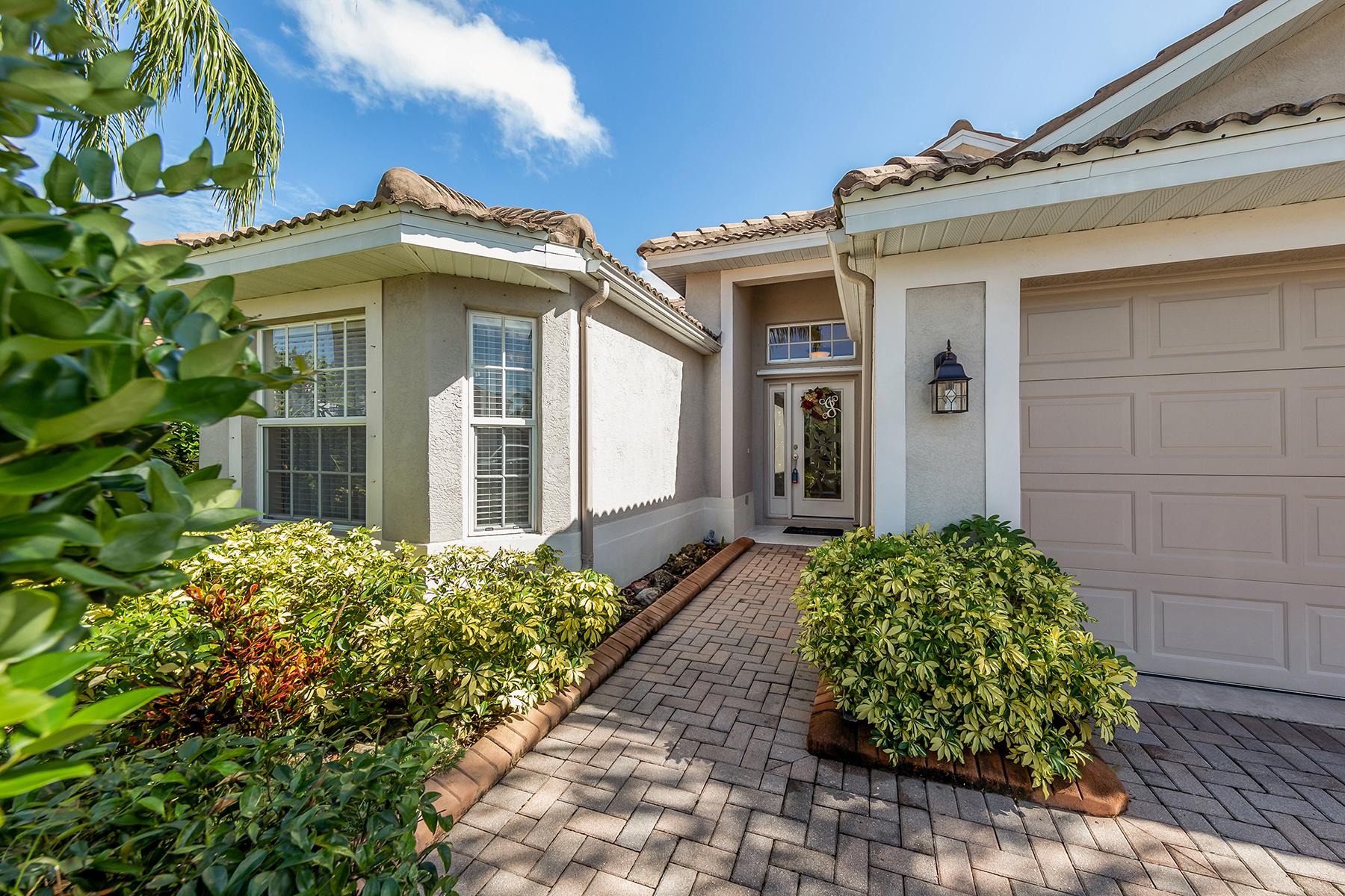 Single Family Homes for Sale at STONEYBROOK OF VENICE 2160 Mesic Hammock Way Venice, Florida 34292 United States