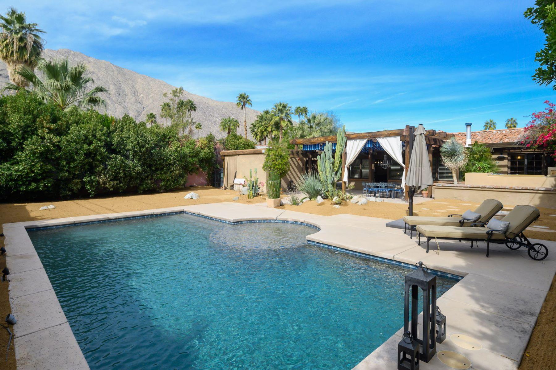 Single Family Homes para Venda às Palm Springs, Califórnia 92264 Estados Unidos