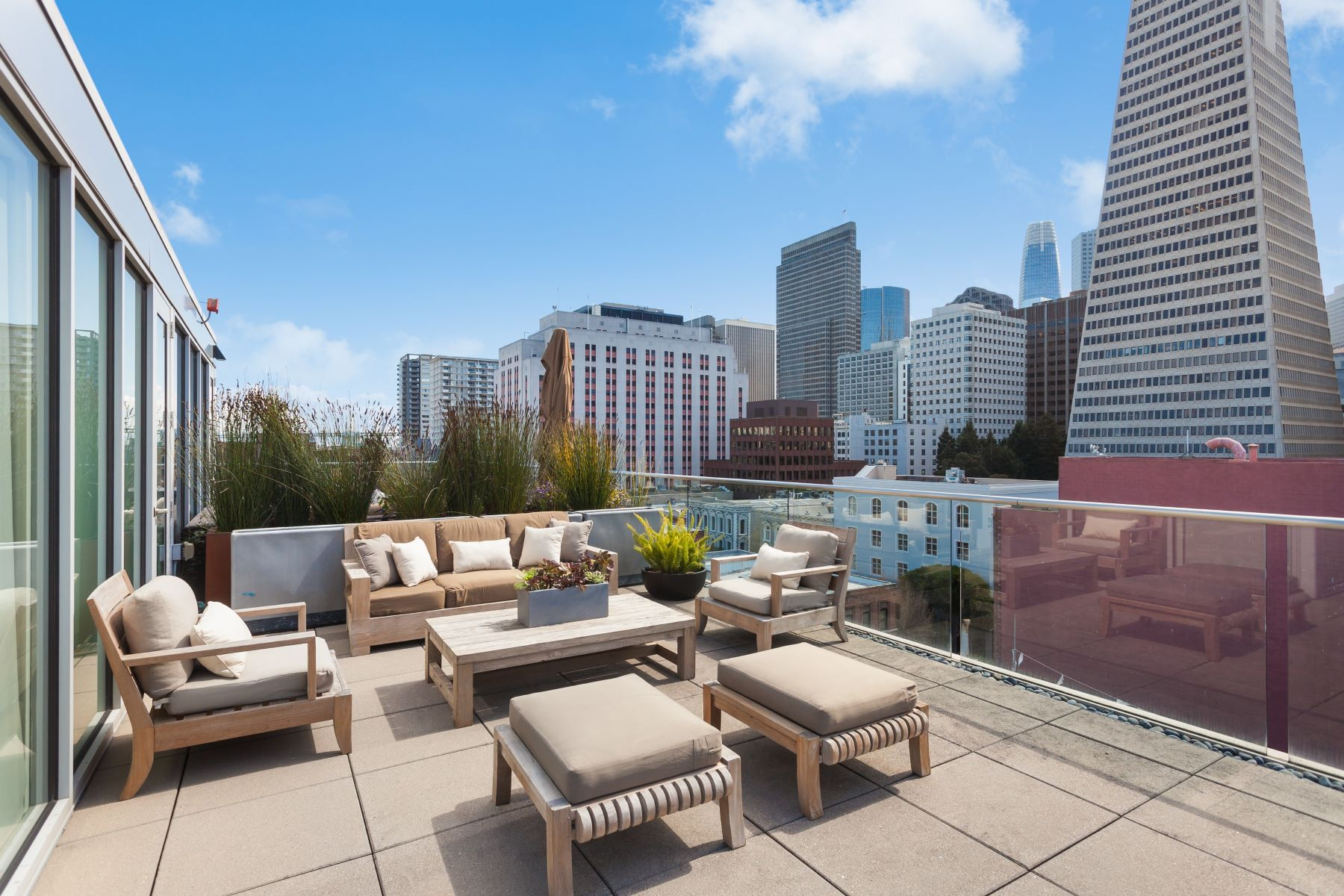 Condominiums for Active at Jackson Square Penthouse 845 Montgomery Street PH2 San Francisco, California 94133 United States