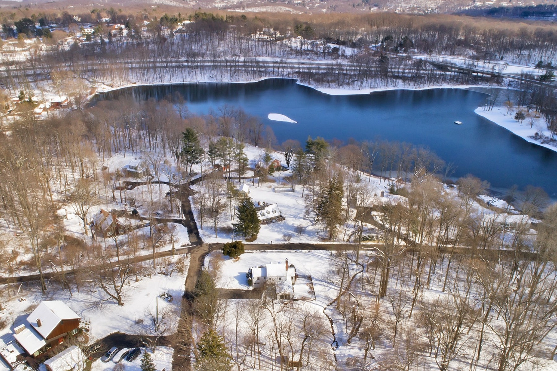 Single Family Home for Sale at Stillwater Lake Charmer 25 Twin Ridges Road Ossining, New York 10562 United States