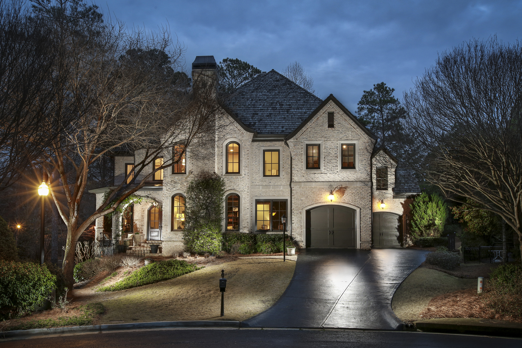 Single Family Home for Sale at Stunning Executive Home 425 Prestwick Court Alpharetta, Georgia 30005 United States