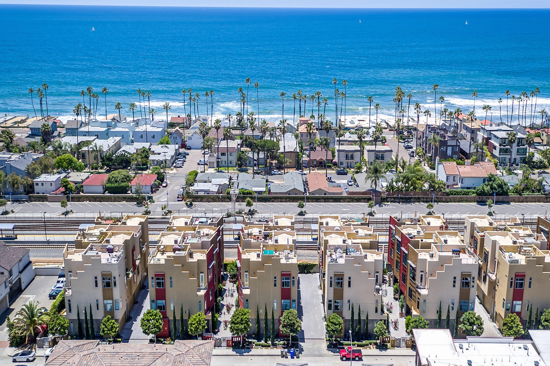 Townhouse for Sale at 465 Cleveland Street #102 465 S. Cleveland Street 102 Oceanside, California, 92054 United States