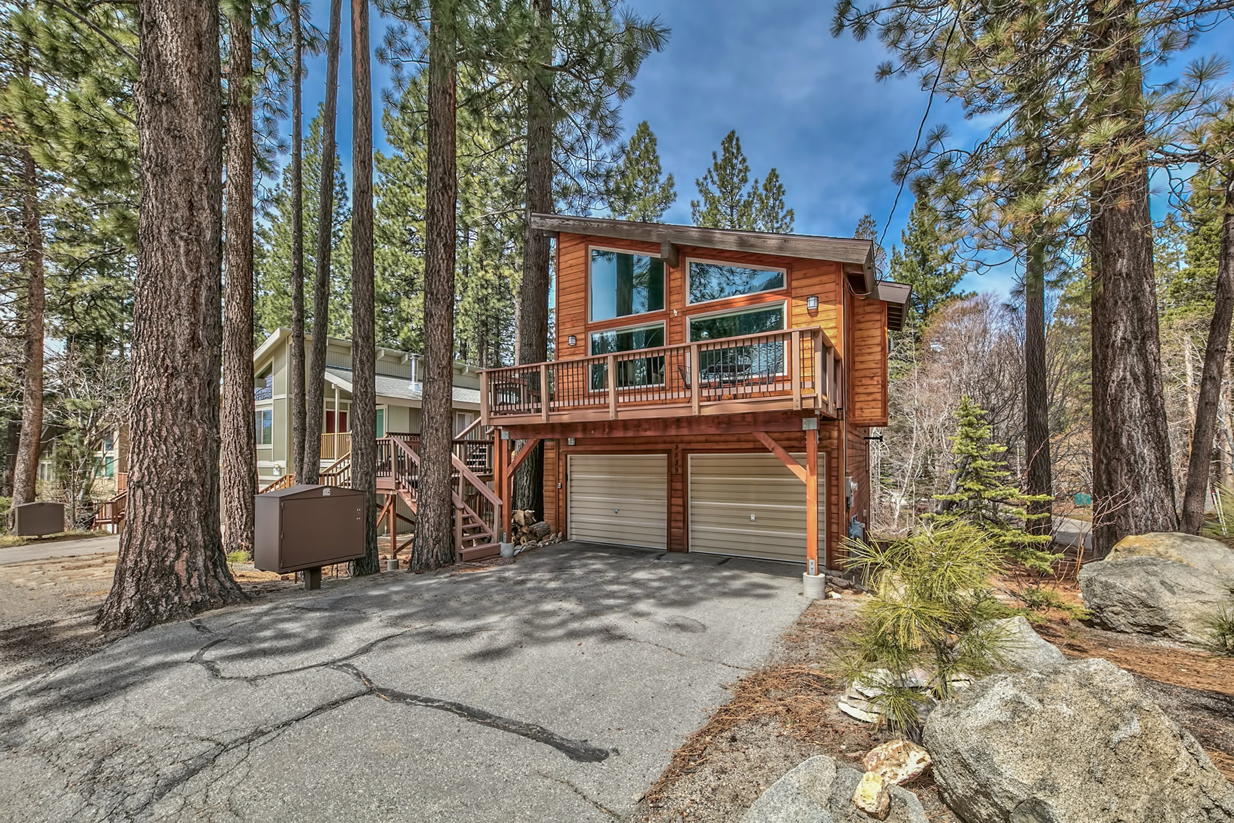 Single Family Home for Active at 3839 Saddle Road, South Lake Tahoe CA 96150 3839 Saddle Road South Lake Tahoe, California 96150 United States