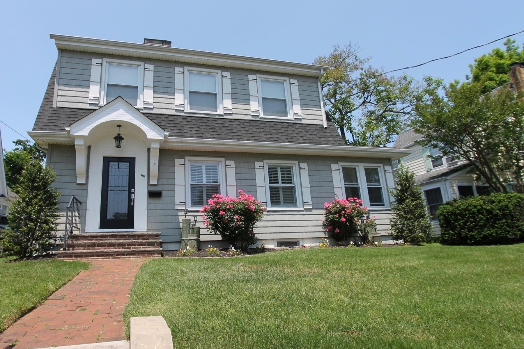 Single Family Homes for Sale at 45 Silverton Avenue Little Silver, New Jersey 07739 United States