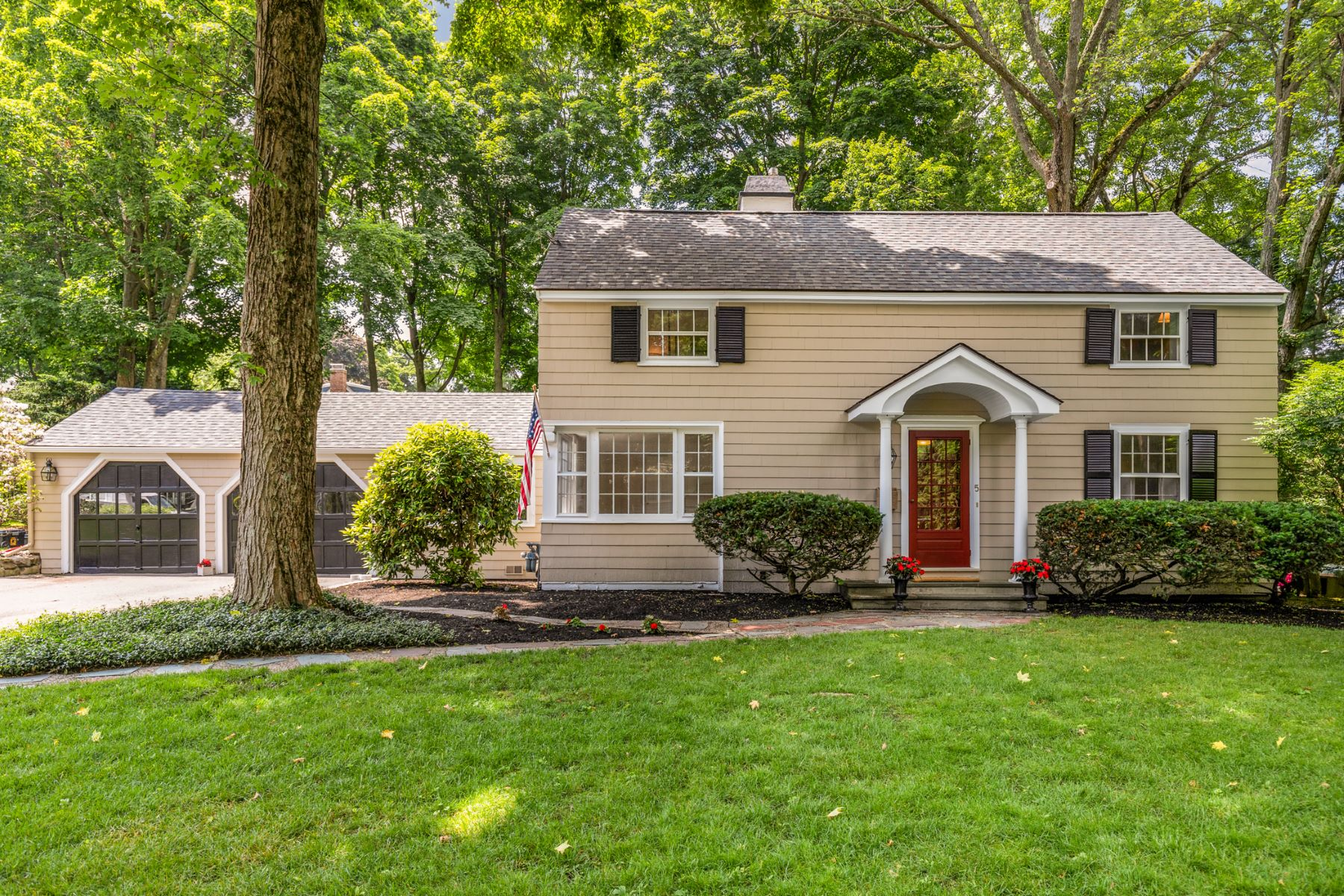 Single Family Homes for Active at 5 Woodland Road, Lexington 5 Woodland Rd Lexington, Massachusetts 02420 United States