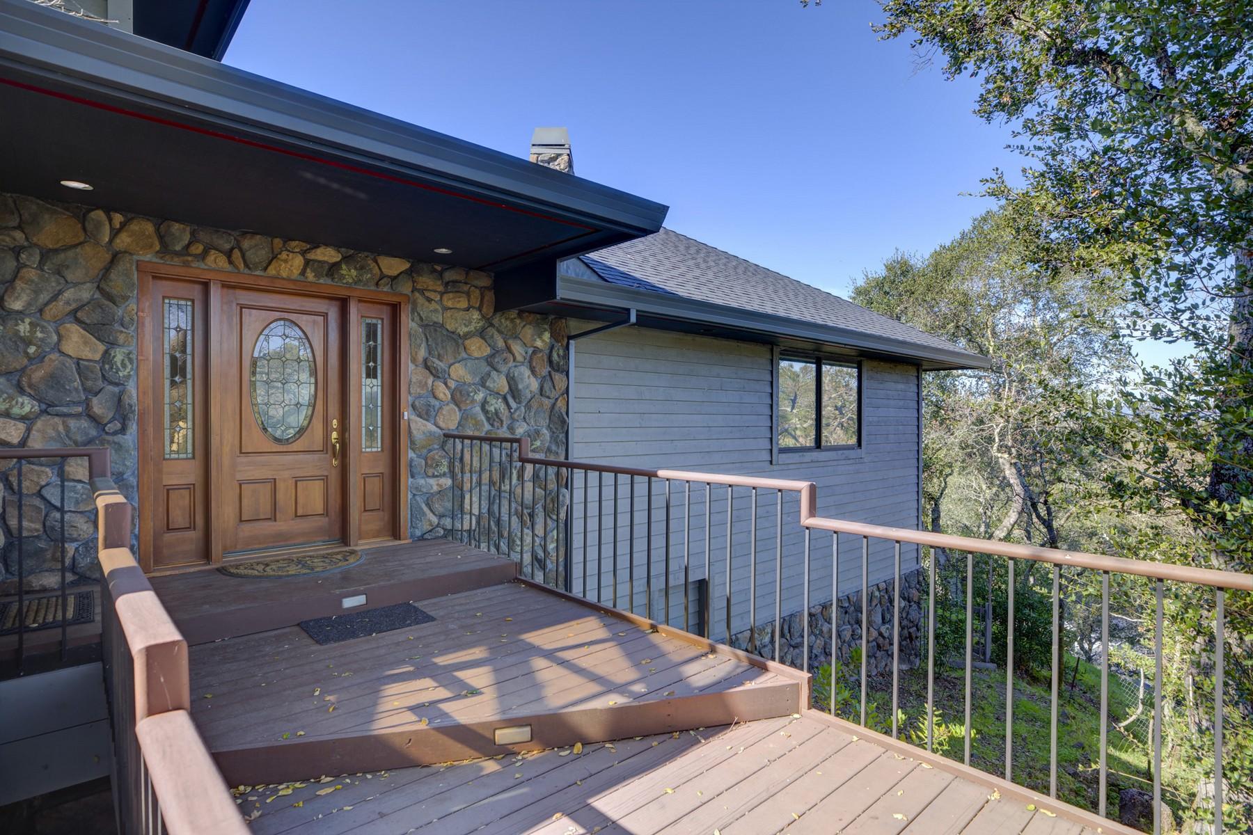 Single Family Homes para Venda às An Entertainer's Dream 1131 Sunnyside Drive, Healdsburg, Califórnia 95448 Estados Unidos