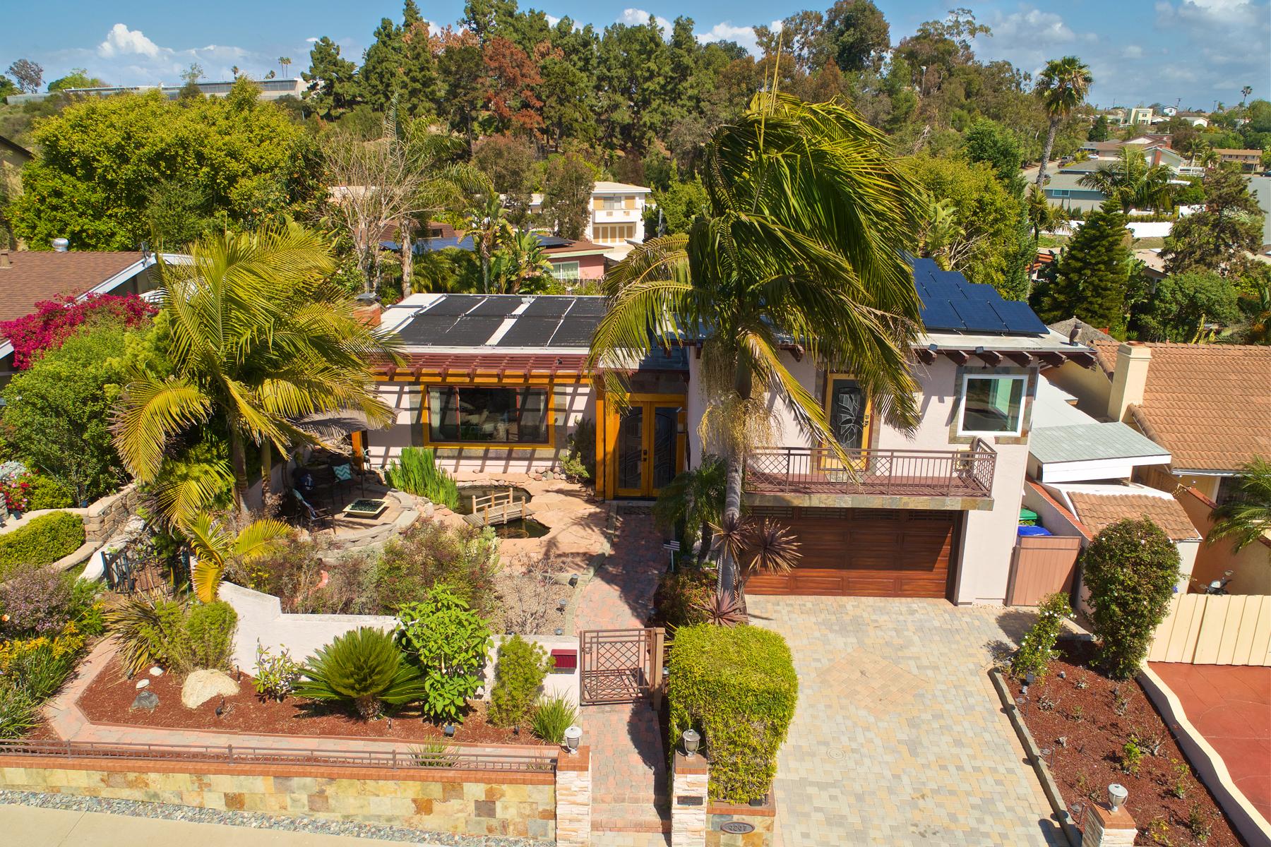 Частный односемейный дом для того Продажа на 4247 Huerfano San Diego, Калифорния, 92117 Соединенные Штаты