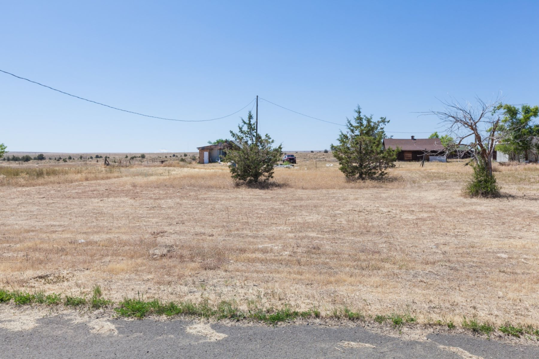 Land for Active at 2nd and E Steet 2nd and E St Shaniko, Oregon 97057 United States