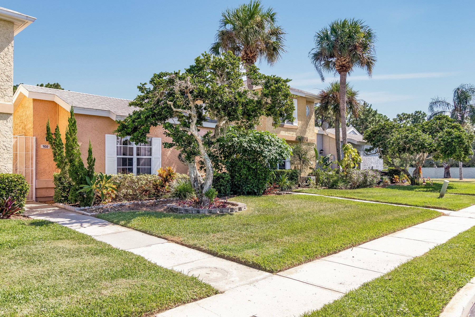 townhouses for Sale at Charming Courtyard Townhouse with Cozy & Welcoming Feel! 1460 Malibu Circle Unit 102, Palm Bay, Florida 32905 United States
