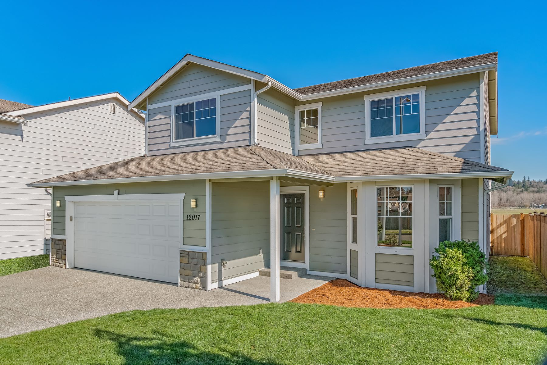 Single Family Homes por un Venta en Meadows at Two Cedars 12017 58th Dr NE Marysville, Washington 98271 Estados Unidos