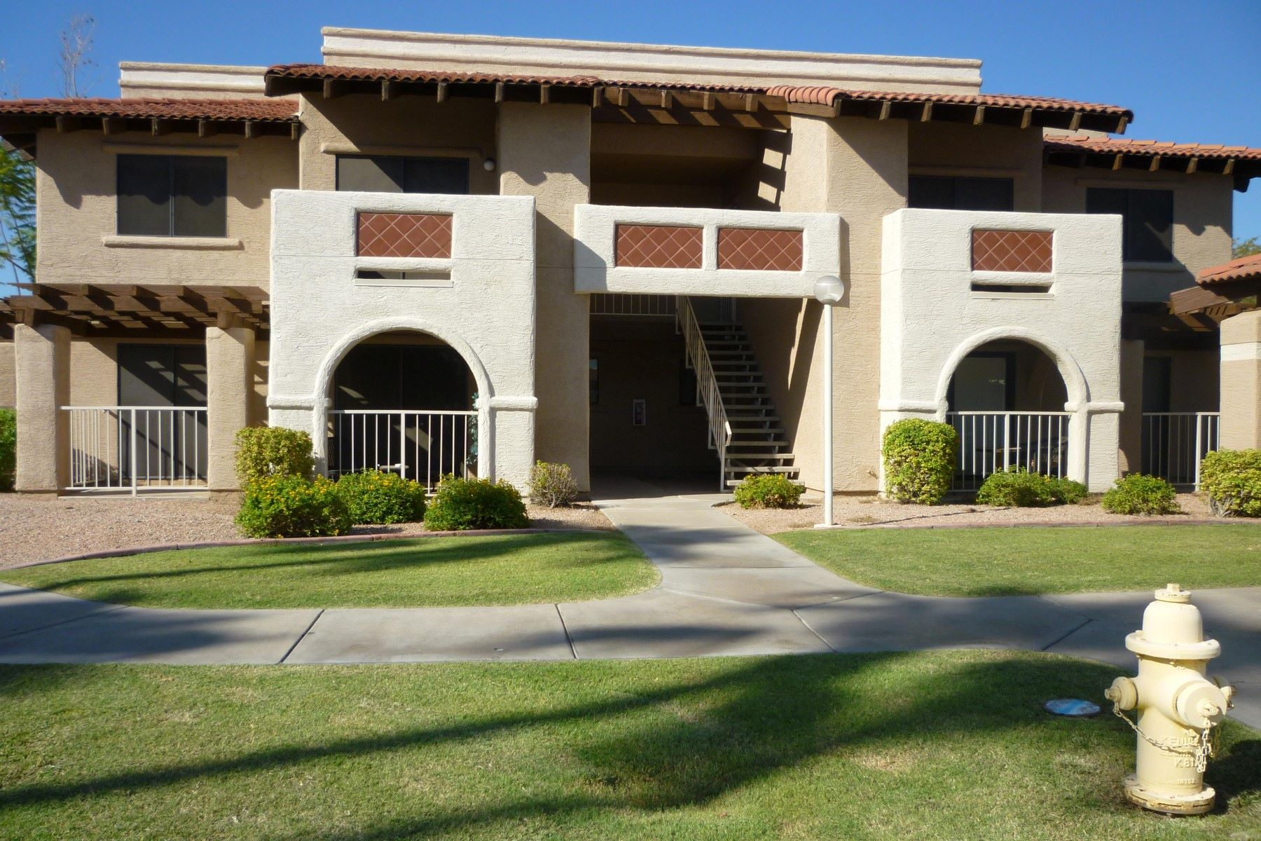واحد منزل الأسرة للـ Rent في Lovely Glendale condo 5757 W Eugie Ave #2111 Glendale, Arizona, 85304 United States