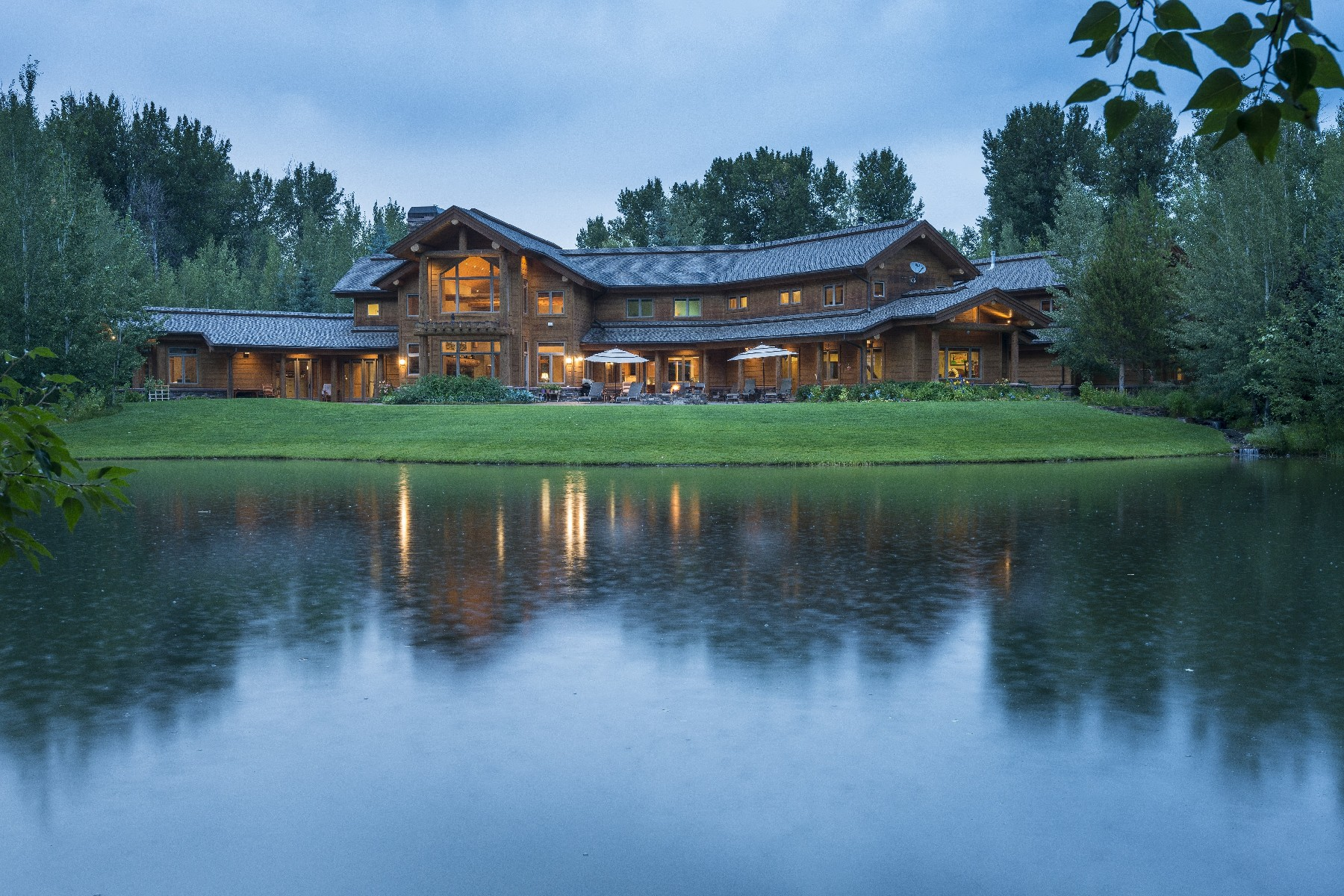 Single Family Home for Active at 35 Acres On The River 11886 State Hwy 75 Ketchum, Idaho 83340 United States