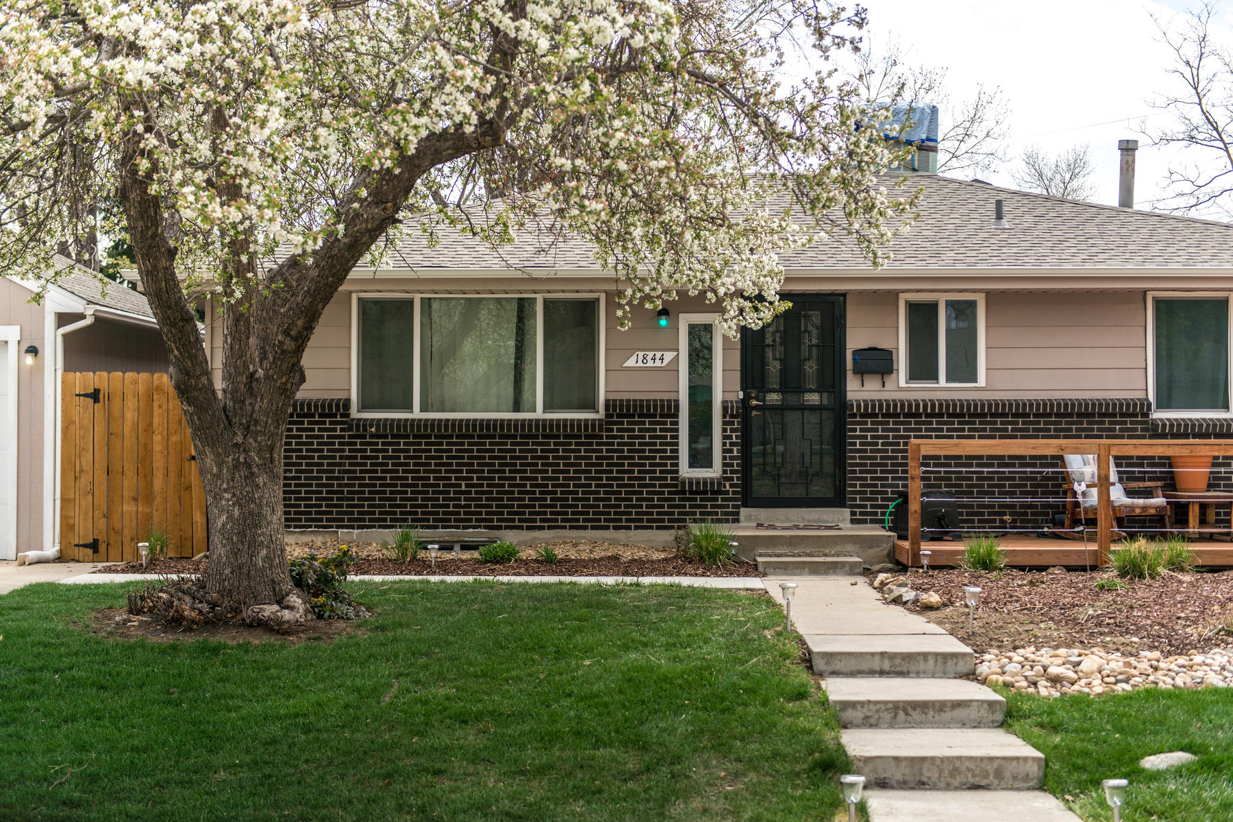 Single Family Home for Active at Cloverdale West 1844 S Dover Way Lakewood, Colorado 80232 United States