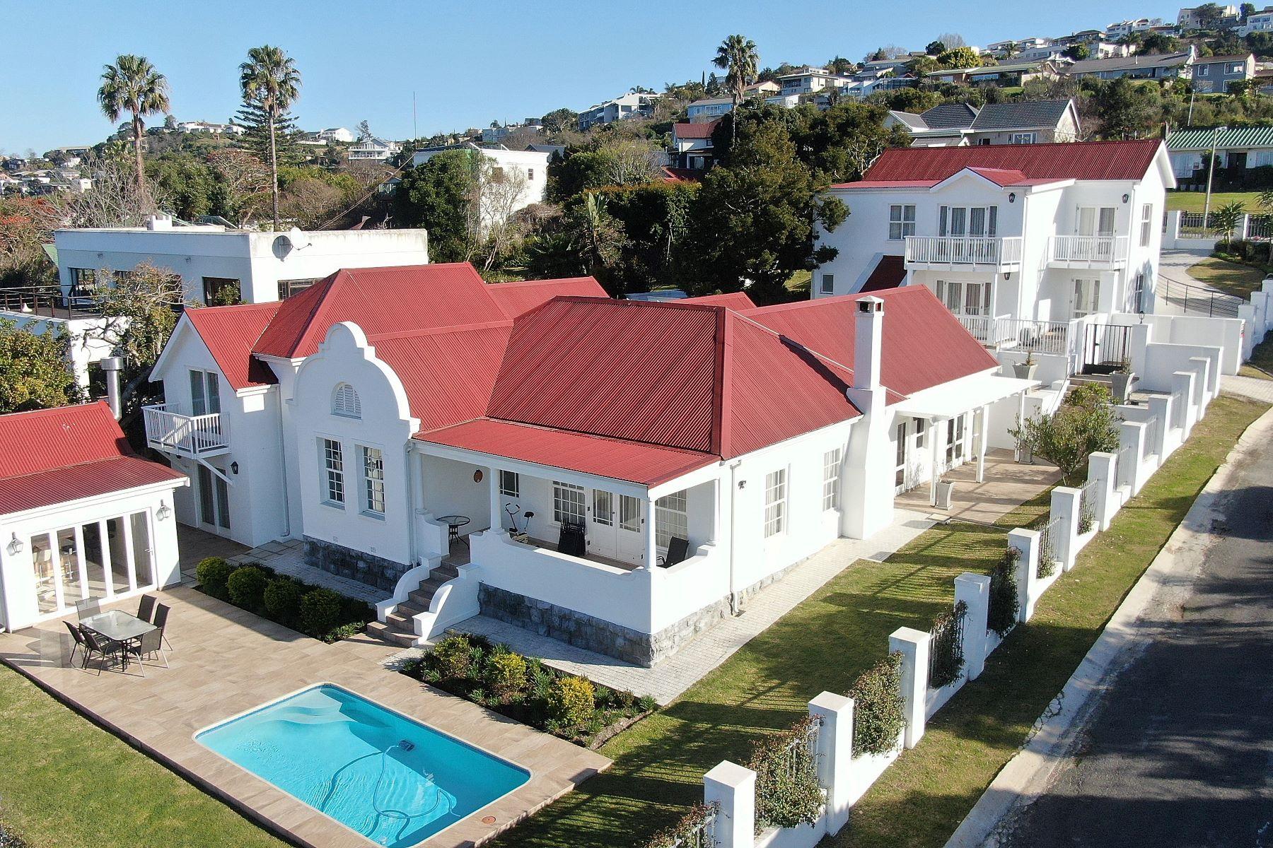 Single Family Homes por un Venta en 6 Westhill Drive Knysna, Provincia Occidental Del Cabo 6571 Sudáfrica