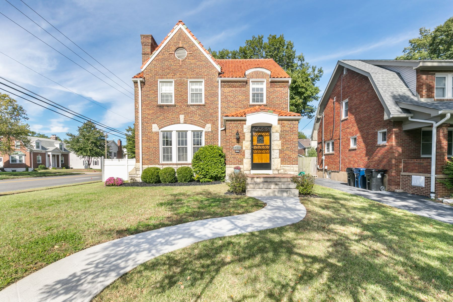 Single Family Home for Sale at Cornell Ave 7481 Cornell Ave University City, Missouri 63130 United States