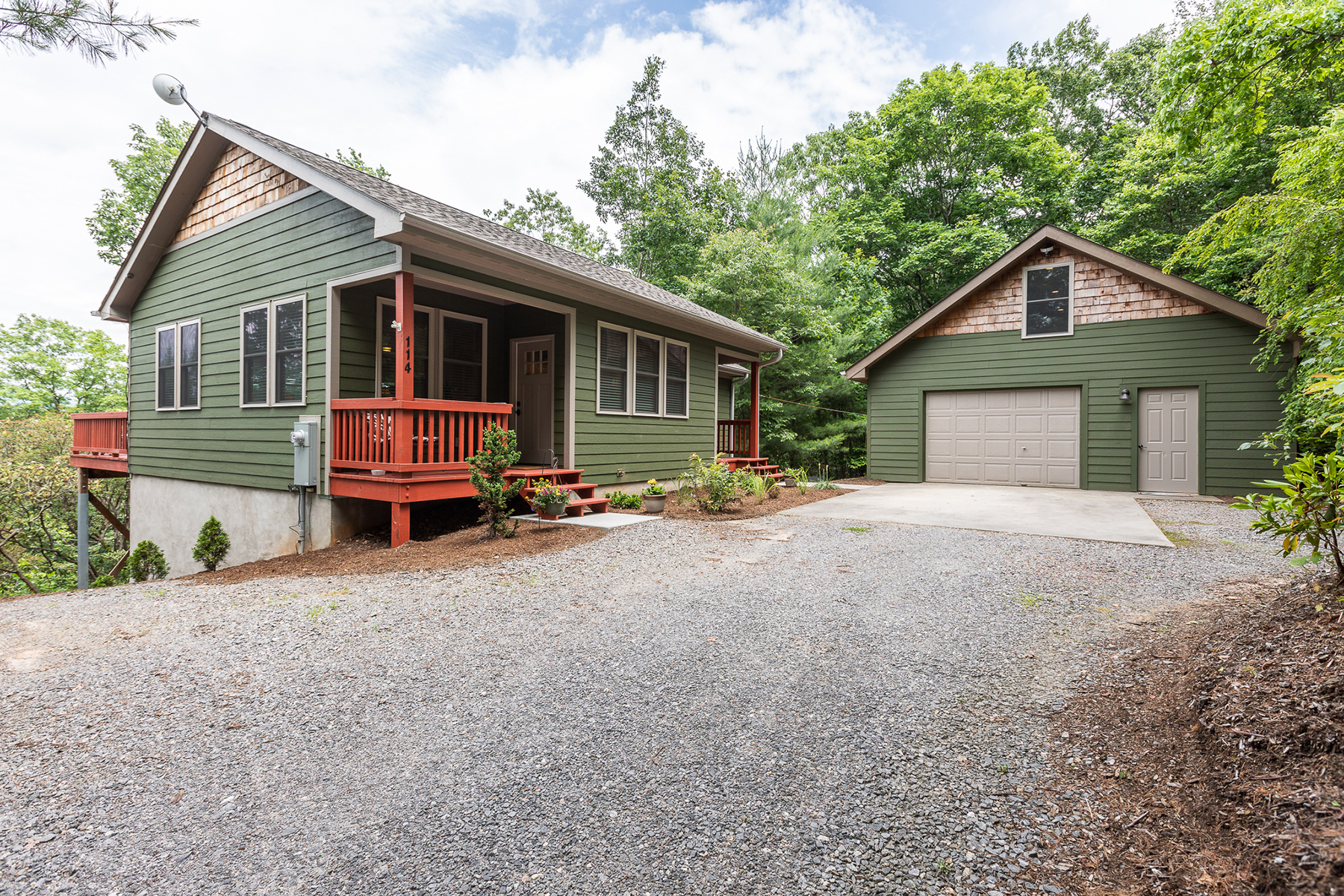 Single Family Homes for Active at ALPINE MOUNTAIN 114 Lady Slipper Trl Swannanoa, North Carolina 28778 United States
