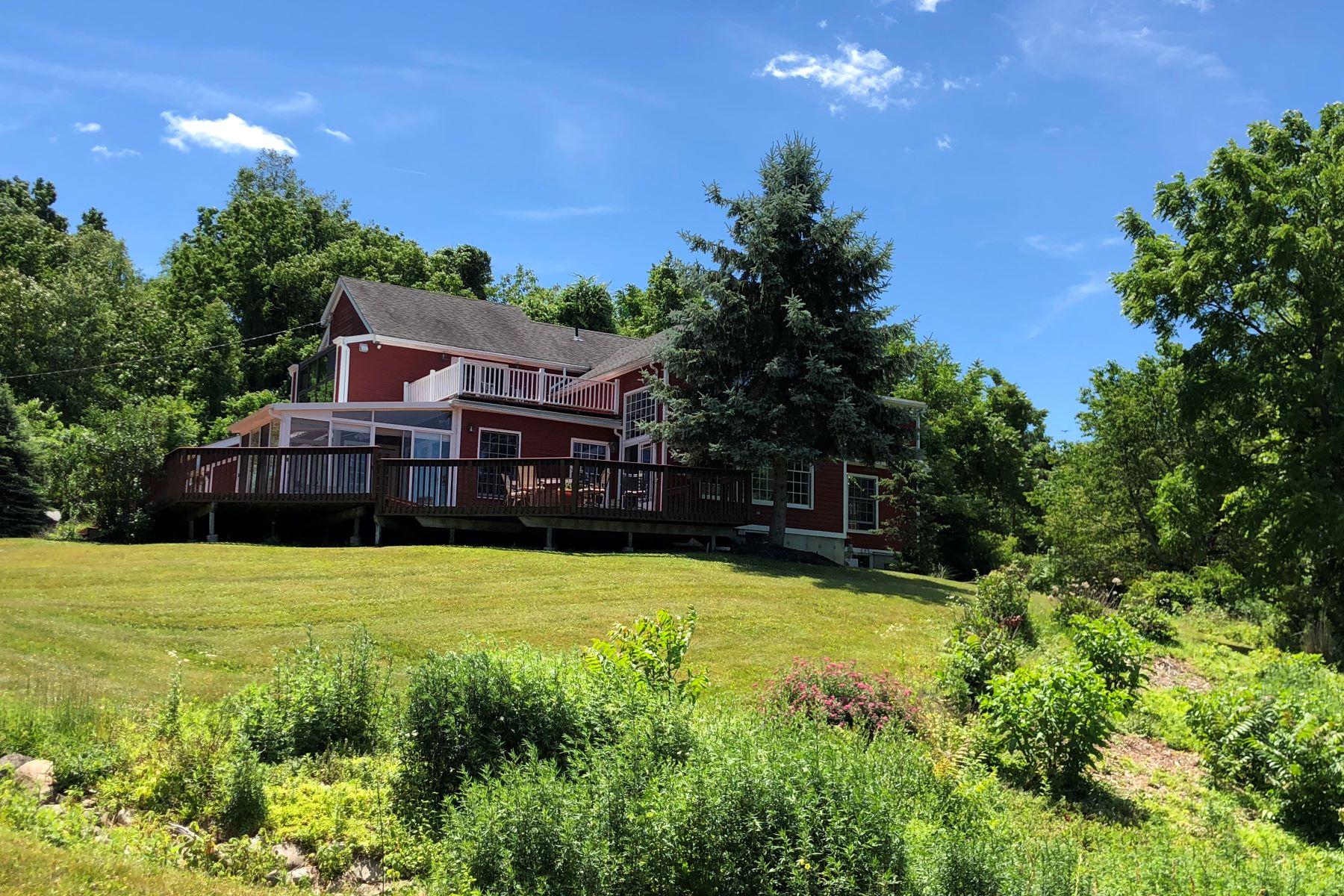 Casa Unifamiliar por un Venta en Deer Valley Farm - Sale Pending 52 Kain Road Warwick, Nueva York 10990 Estados Unidos