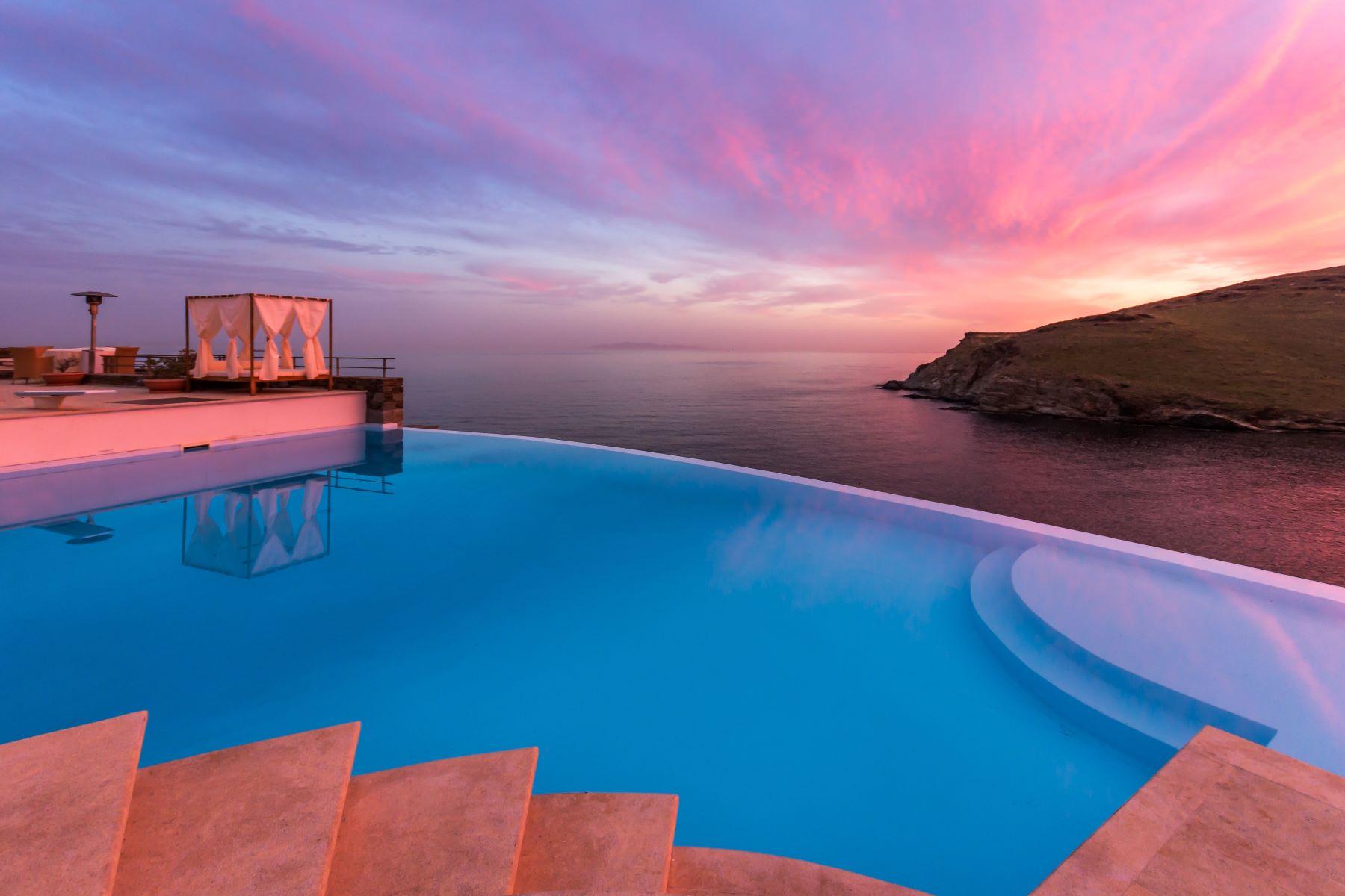 Частный односемейный дом для того Аренда на Blue Horizon Megas Gialos Blue Horizon Syros, Южная Часть Эгейского Моря, 84100 Греция