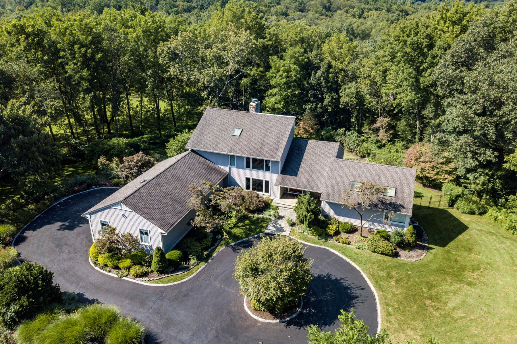 Single Family Homes for Sale at Impressive Custom Home 70 Washington Valley Road Morris Township, New Jersey 07960 United States
